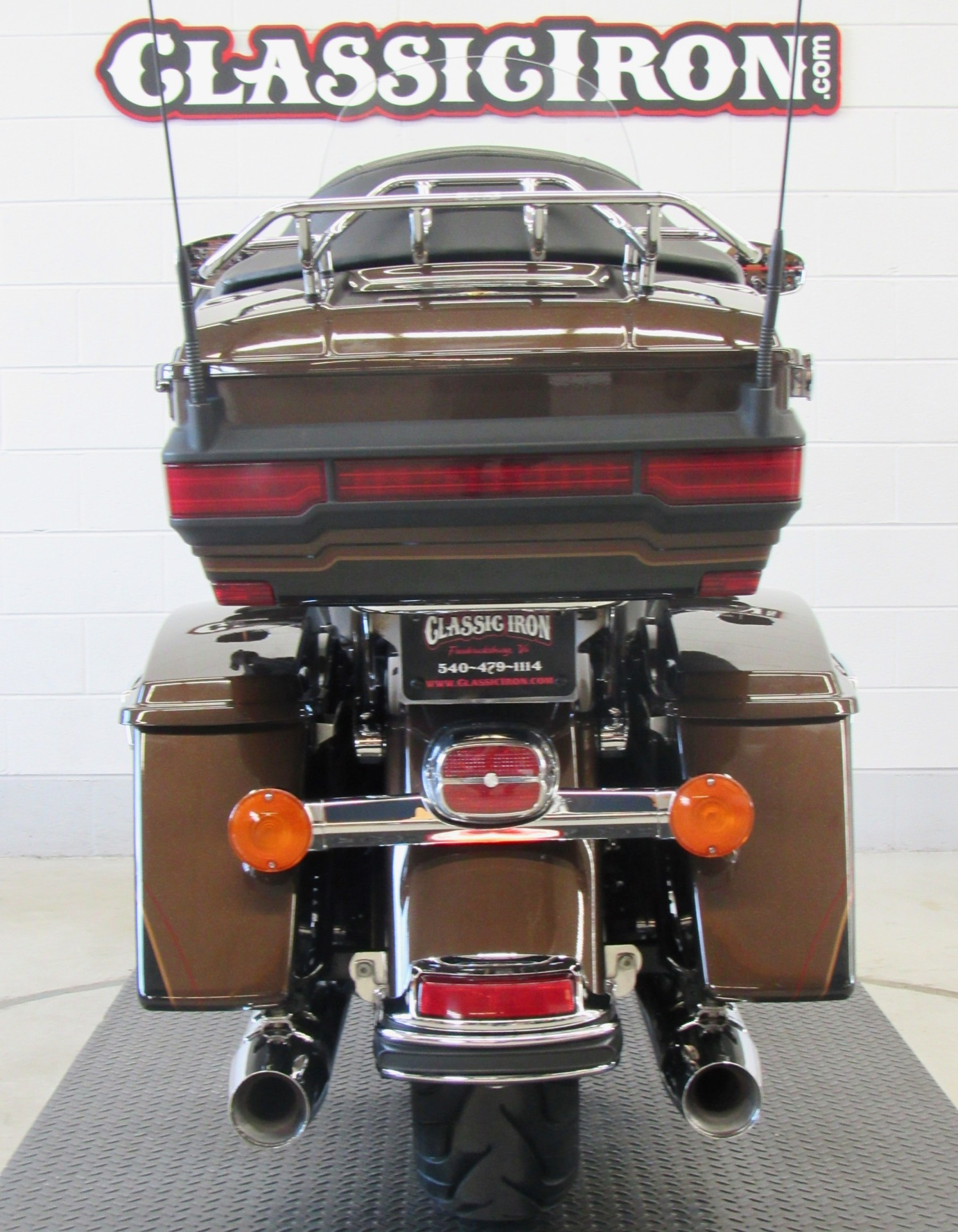 2013 Harley-Davidson Electra Glide® Ultra Limited 110th Anniversary Edition in Fredericksburg, Virginia - Photo 9