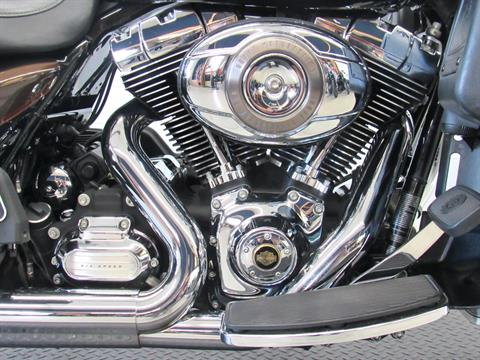 2013 Harley-Davidson Electra Glide® Ultra Limited 110th Anniversary Edition in Fredericksburg, Virginia - Photo 14