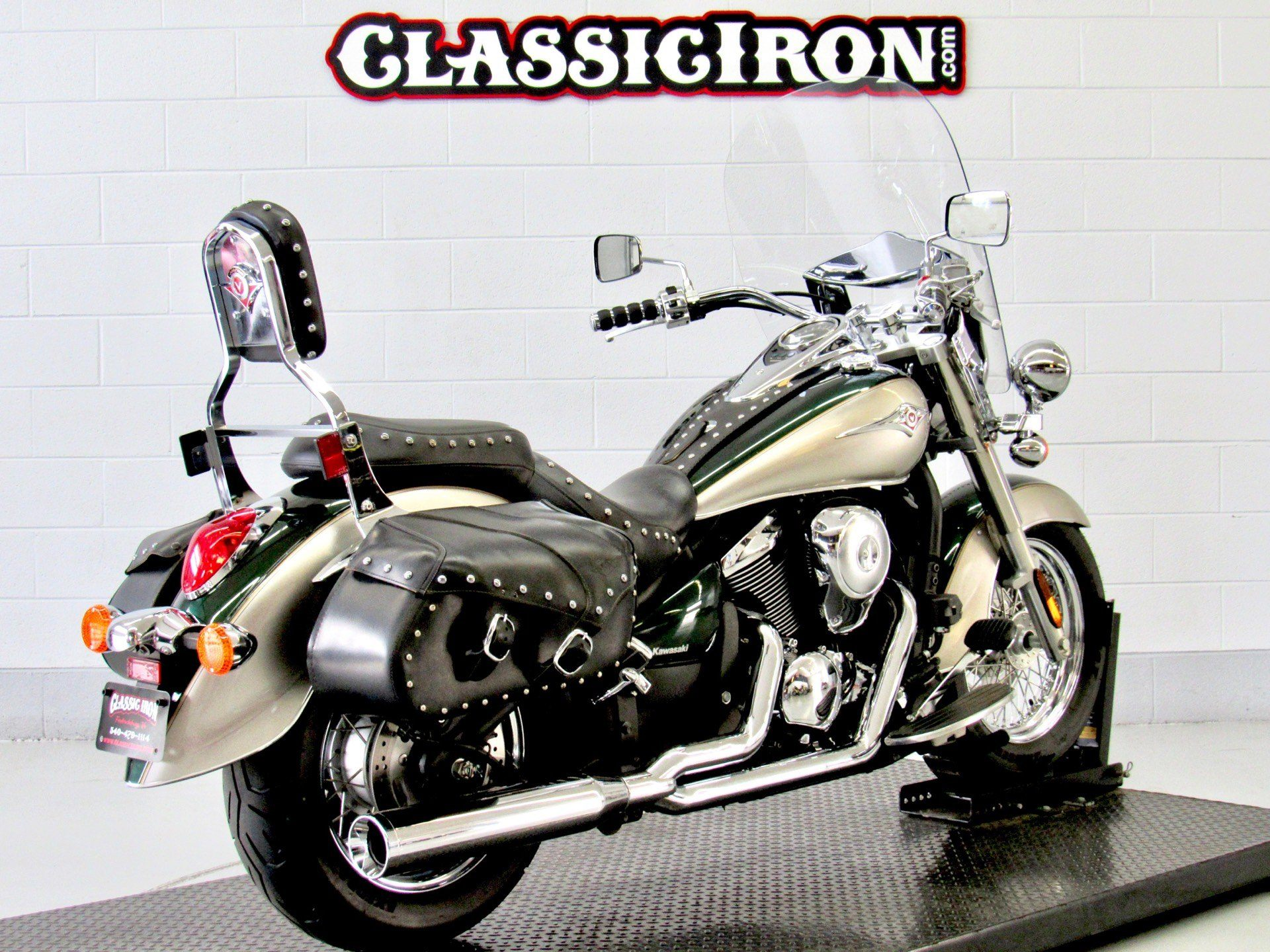 2010 Kawasaki Vulcan® 900 Classic LT in Fredericksburg, Virginia - Photo 5