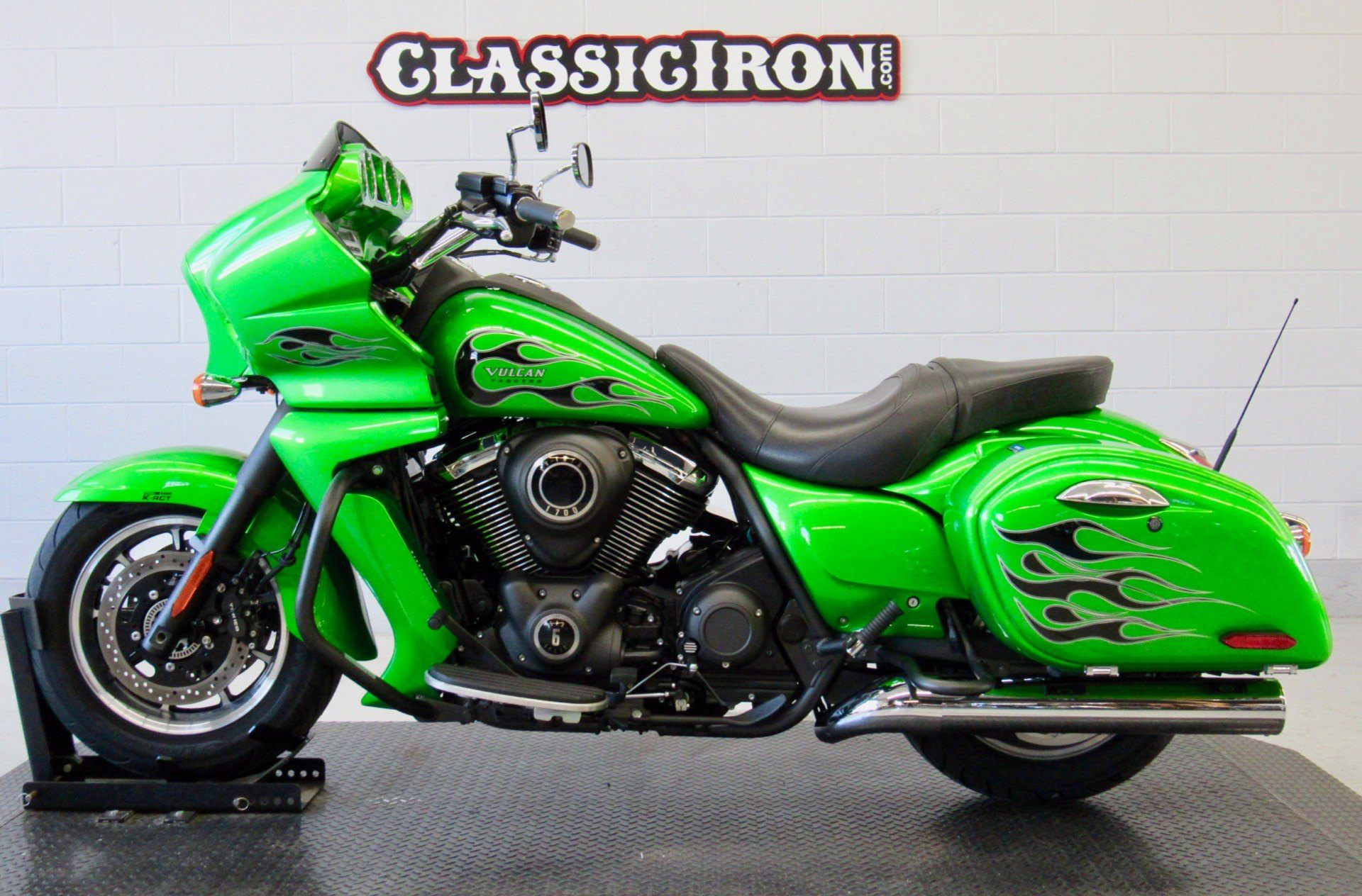 2015 Kawasaki Vulcan® 1700 Vaquero® ABS in Fredericksburg, Virginia - Photo 4