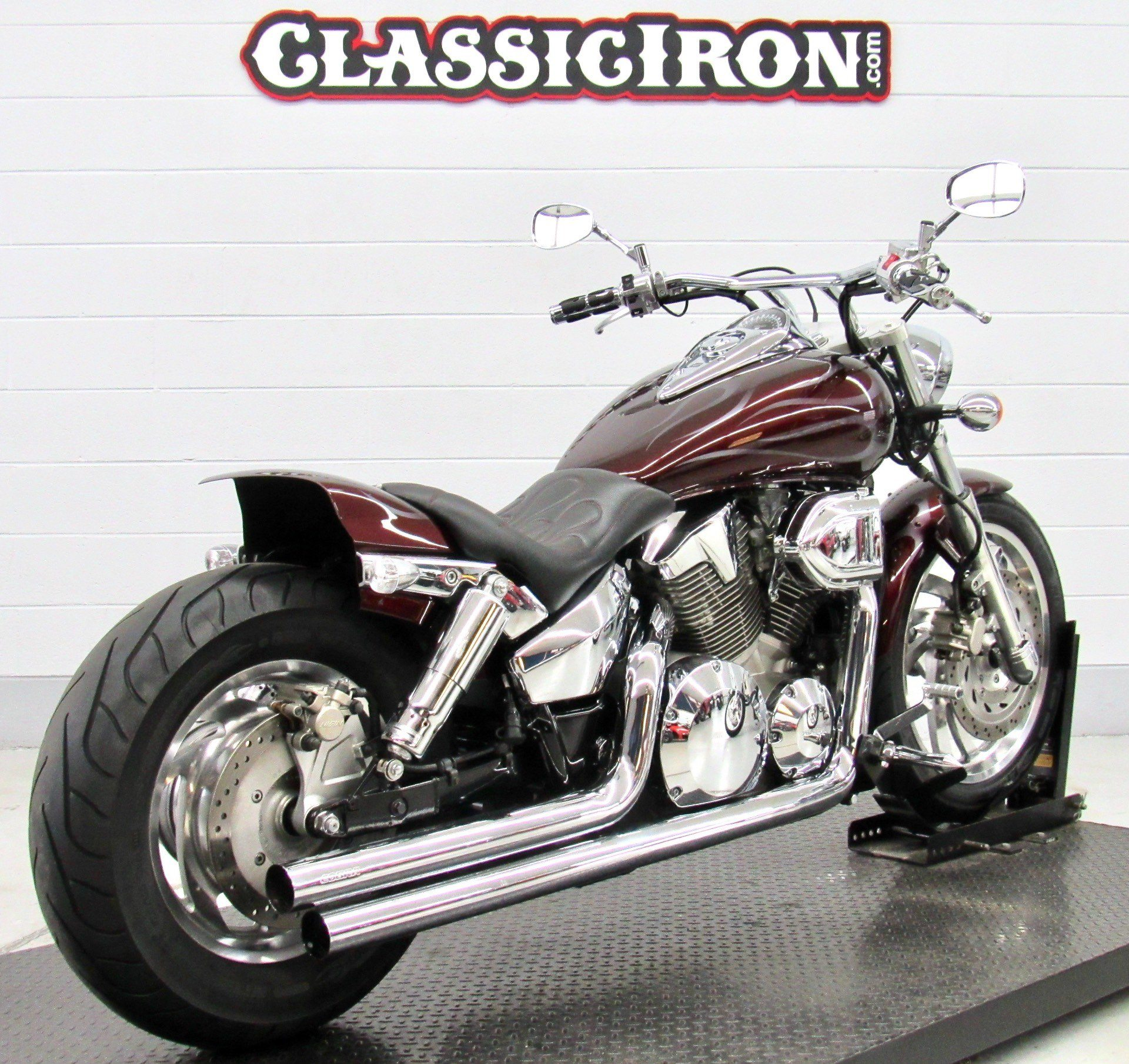 2005 Honda VTX™ 1300C in Fredericksburg, Virginia - Photo 5