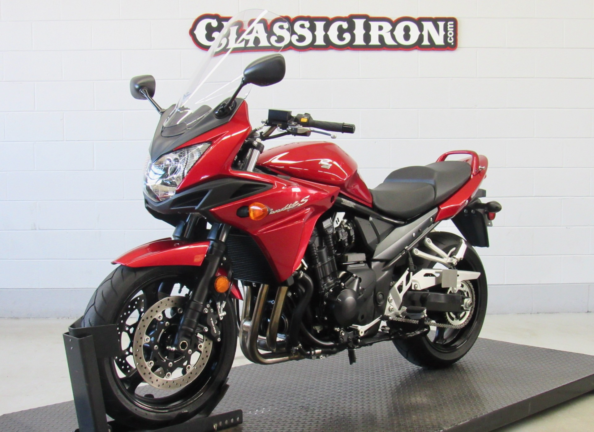 2016 Suzuki Bandit 1250S ABS in Fredericksburg, Virginia - Photo 3