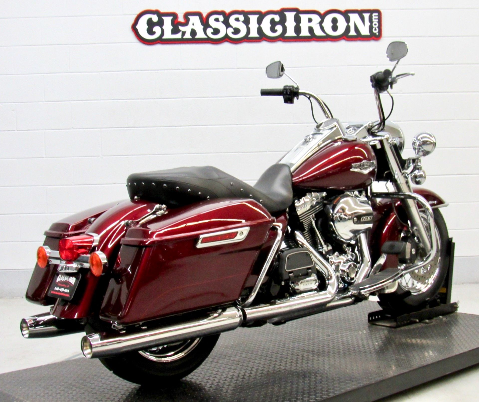 2014 Harley-Davidson Road King® in Fredericksburg, Virginia - Photo 5