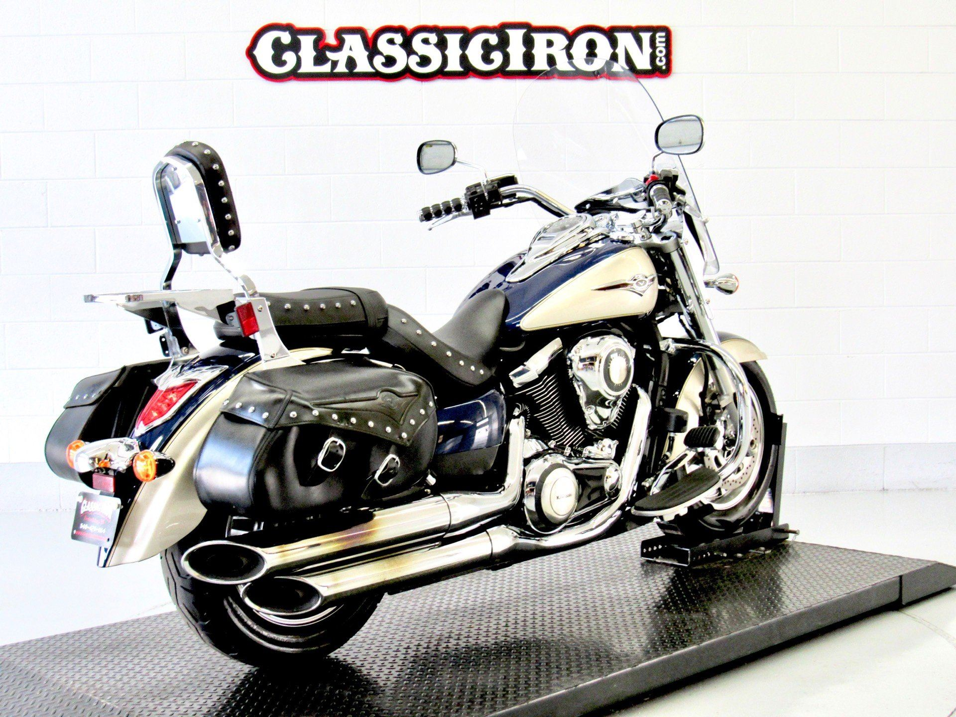 2009 Kawasaki Vulcan® 1700 Classic LT in Fredericksburg, Virginia - Photo 5