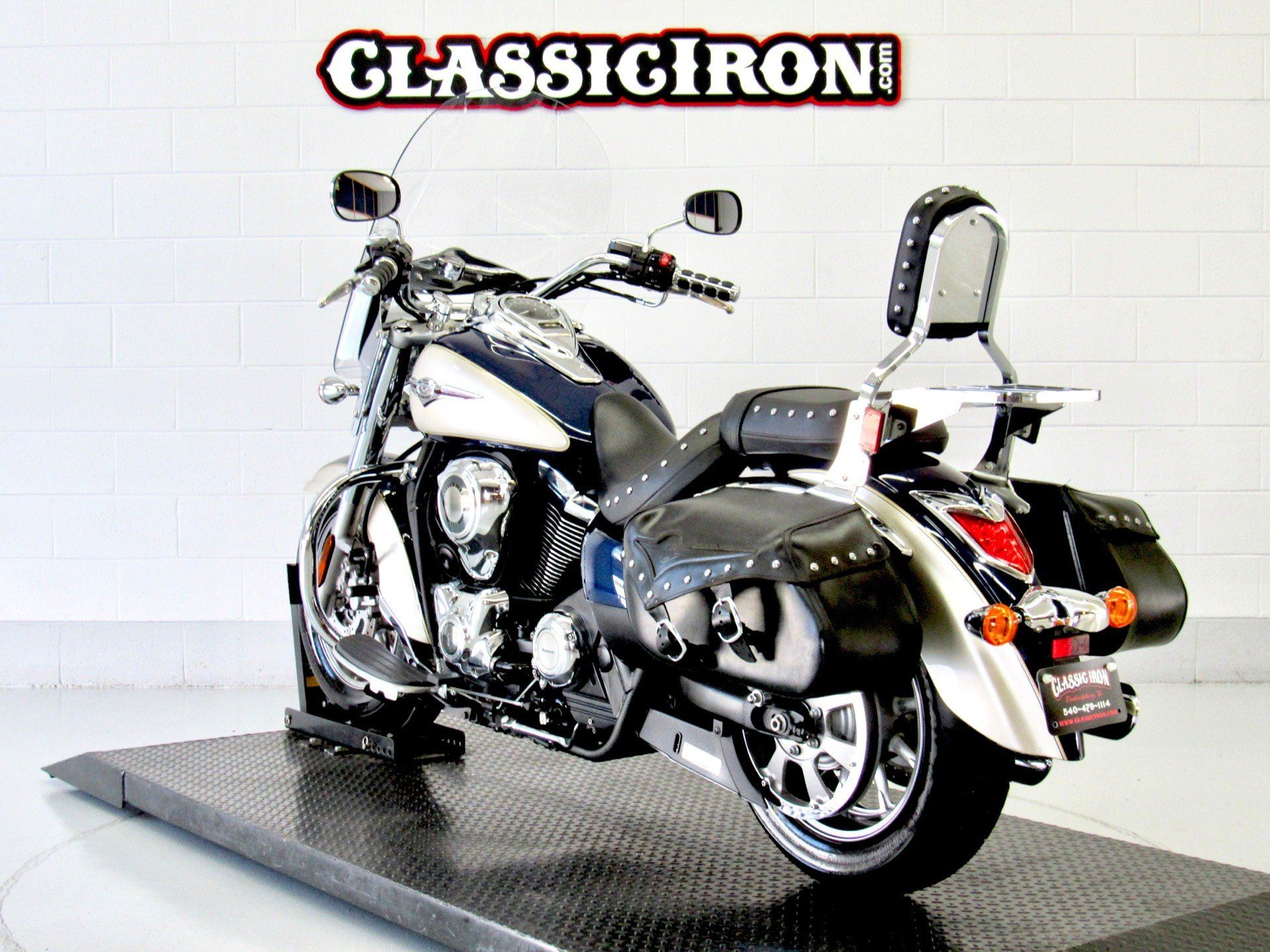 2009 Kawasaki Vulcan® 1700 Classic LT in Fredericksburg, Virginia - Photo 6