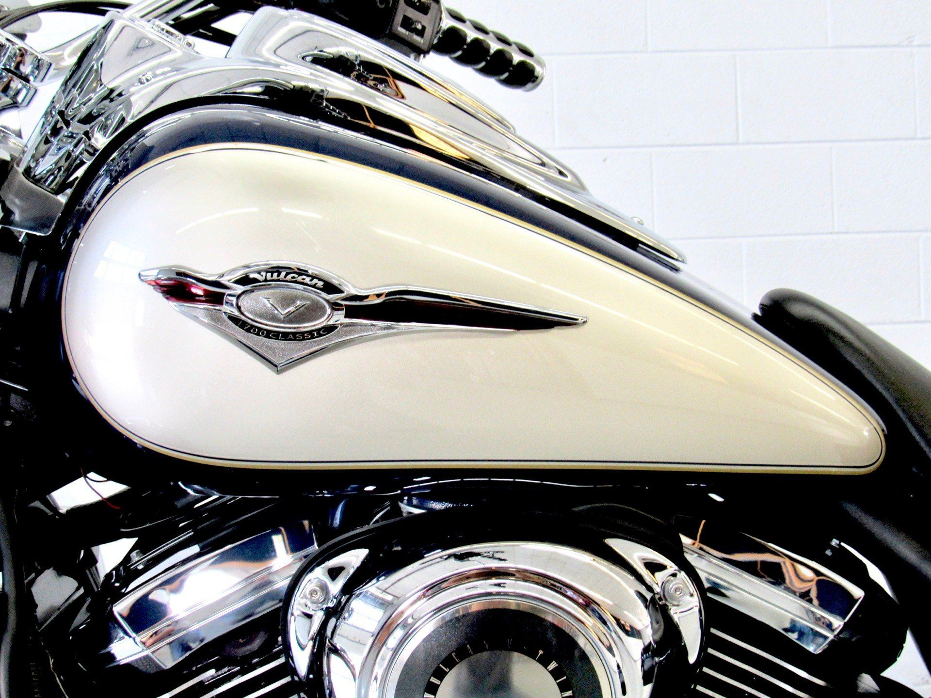 2009 Kawasaki Vulcan® 1700 Classic LT in Fredericksburg, Virginia - Photo 18