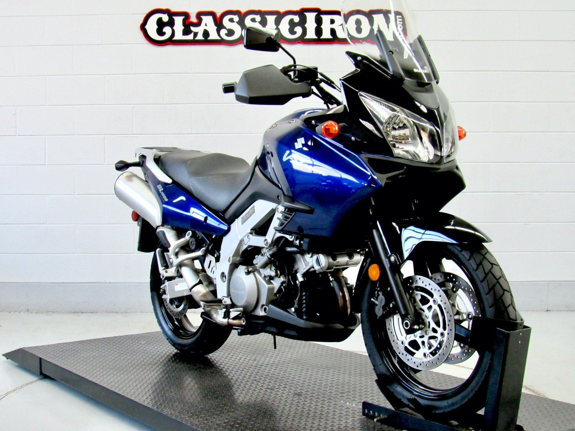 2004 Suzuki V-Strom 1000 (DL1000) in Fredericksburg, Virginia - Photo 2