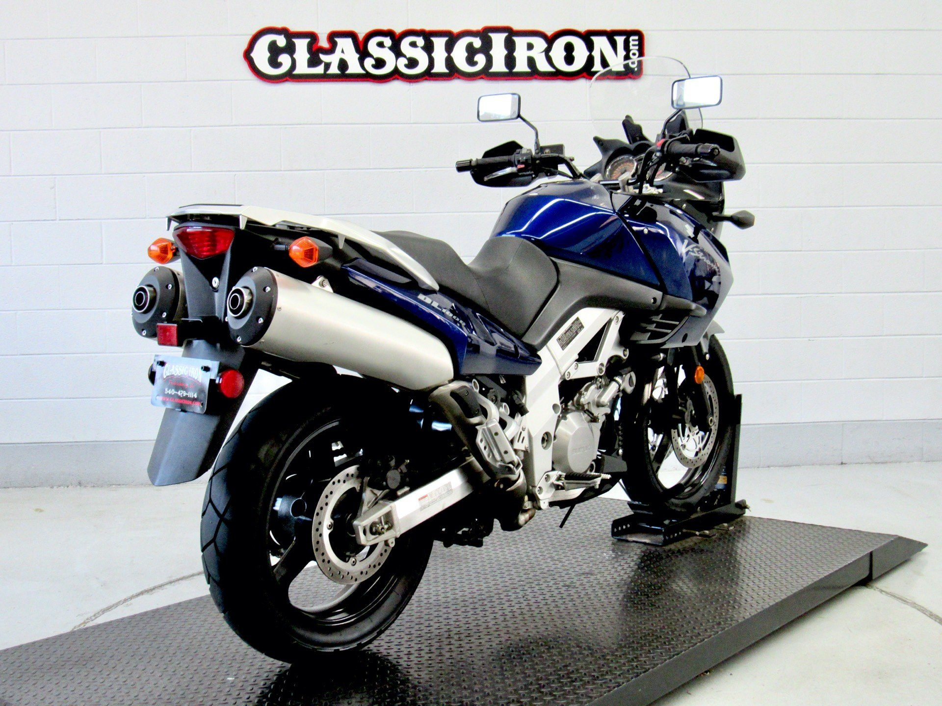 2004 Suzuki V-Strom 1000 (DL1000) in Fredericksburg, Virginia - Photo 5
