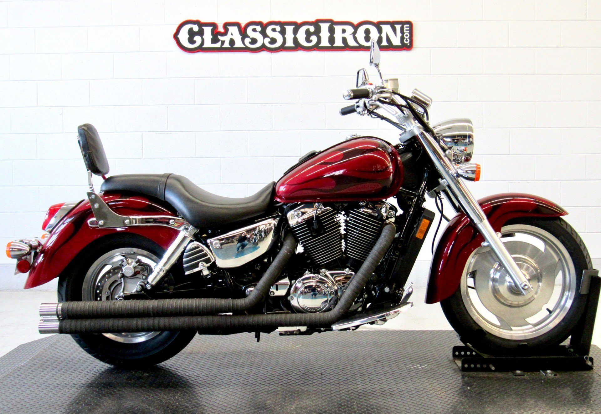 2002 Honda Shadow Sabre in Fredericksburg, Virginia