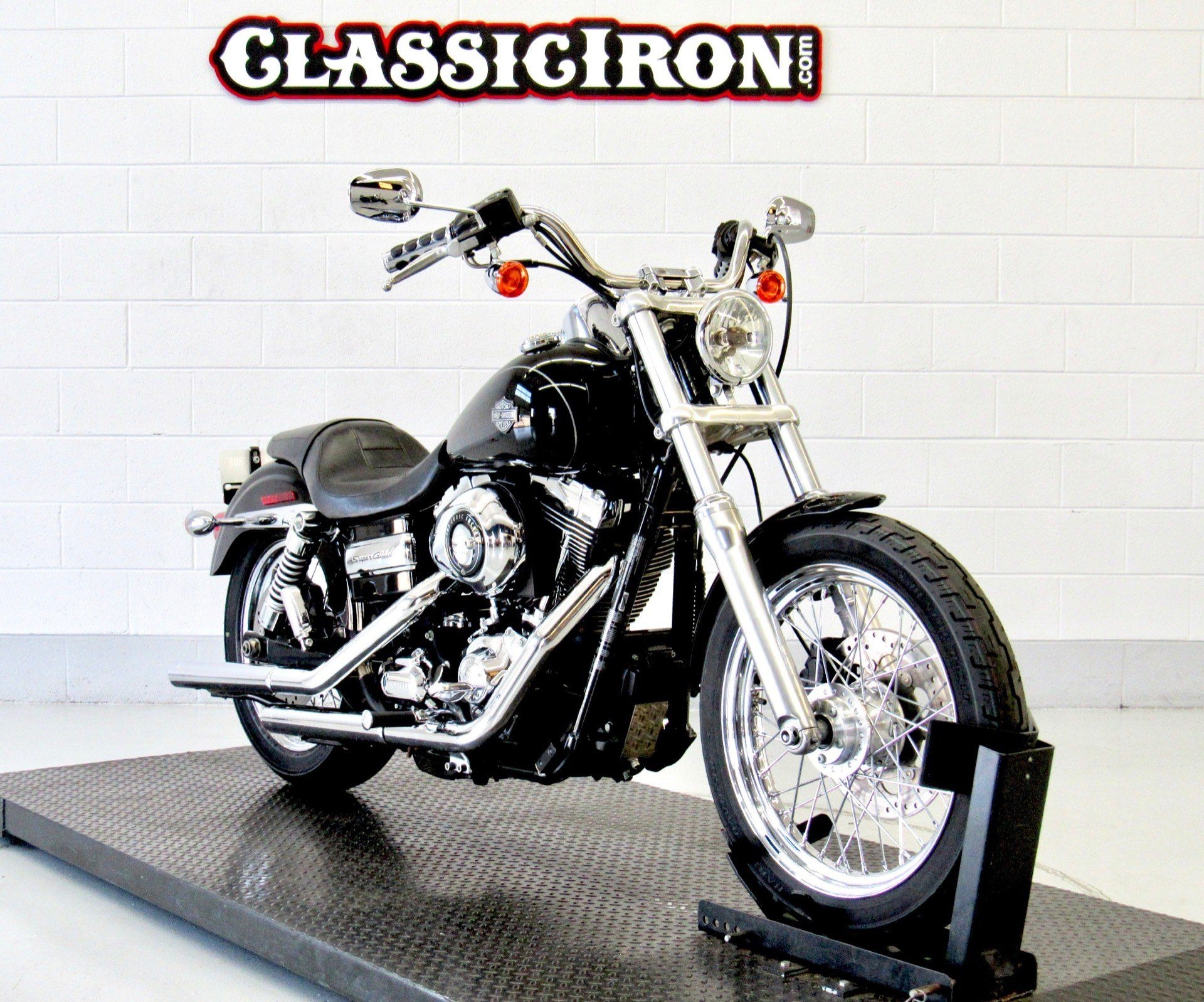 2014 Harley-Davidson Dyna® Super Glide® Custom in Fredericksburg, Virginia - Photo 2