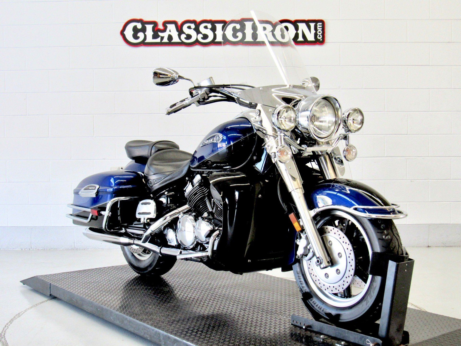 2008 Yamaha Royal Star® Tour Deluxe in Fredericksburg, Virginia - Photo 2