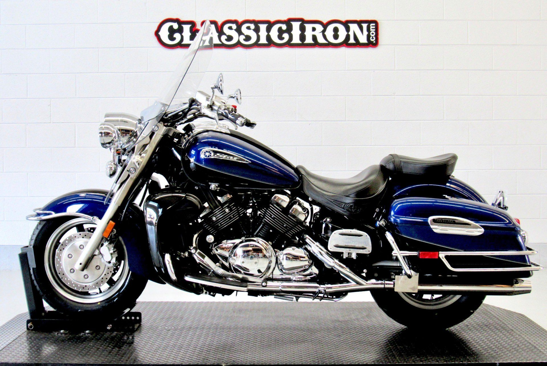 2008 Yamaha Royal Star® Tour Deluxe in Fredericksburg, Virginia - Photo 4