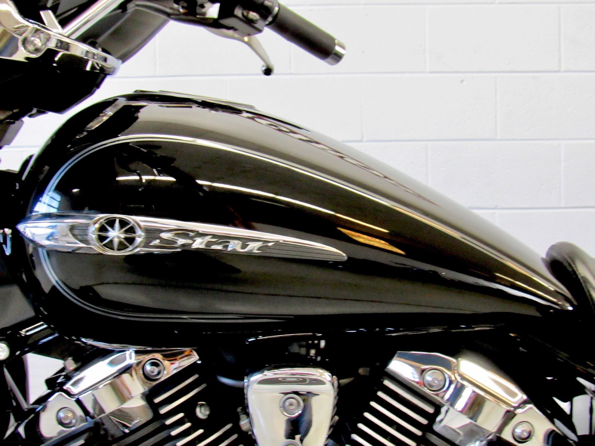 2015 Yamaha V Star 1300 Deluxe in Fredericksburg, Virginia - Photo 18
