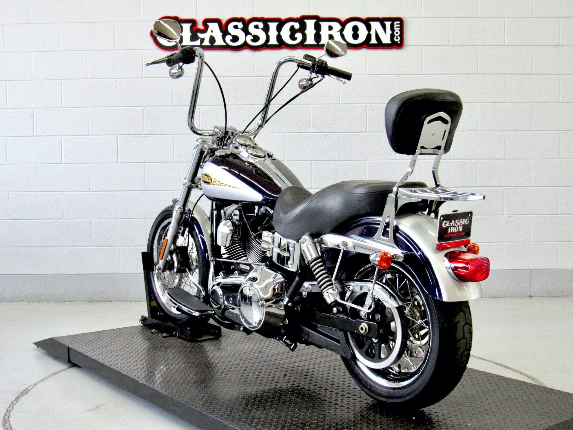 2009 Harley-Davidson Dyna® Low Rider® in Fredericksburg, Virginia - Photo 6