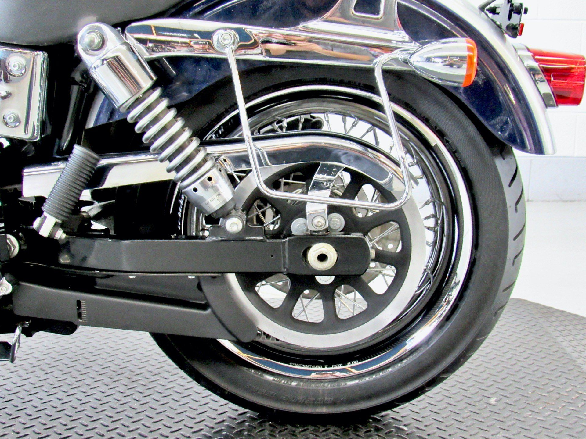 2009 Harley-Davidson Dyna® Low Rider® in Fredericksburg, Virginia - Photo 22