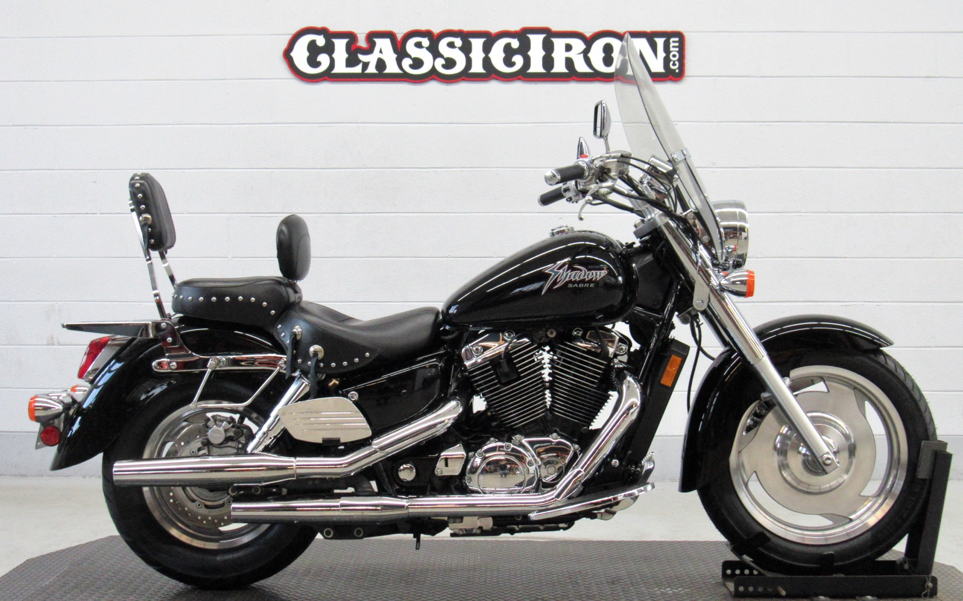 2001 Honda Shadow Sabre in Fredericksburg, Virginia - Photo 1