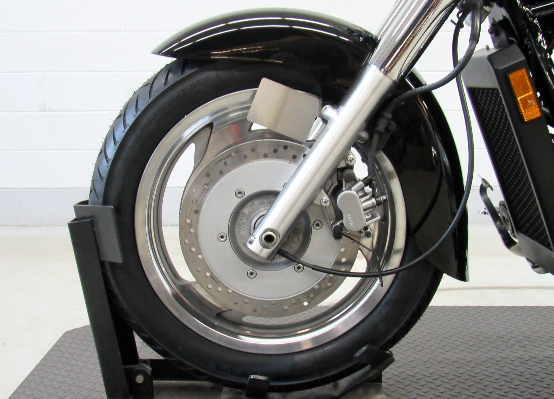 2001 Honda Shadow Sabre in Fredericksburg, Virginia - Photo 16