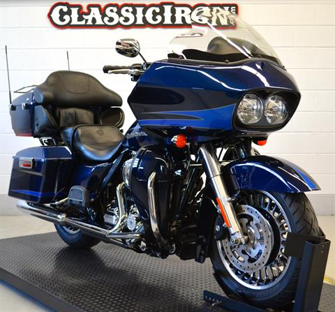 2013 Harley-Davidson Road Glide® Ultra in Fredericksburg, Virginia - Photo 2