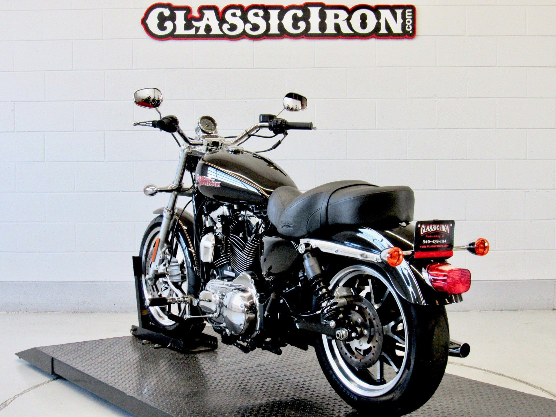 2016 Harley-Davidson SuperLow® 1200T in Fredericksburg, Virginia - Photo 6