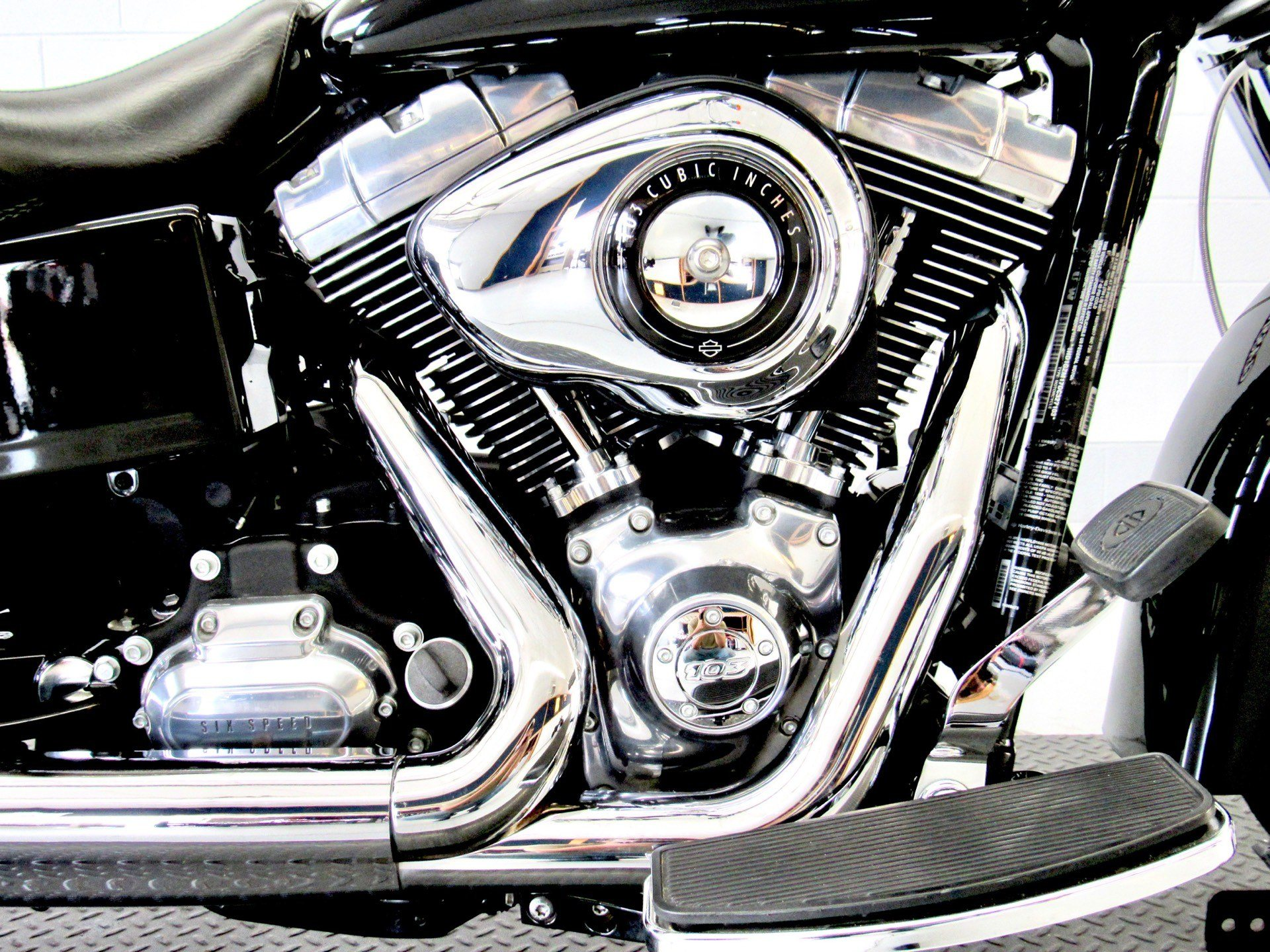 2013 Harley-Davidson Dyna® Switchback™ in Fredericksburg, Virginia - Photo 14