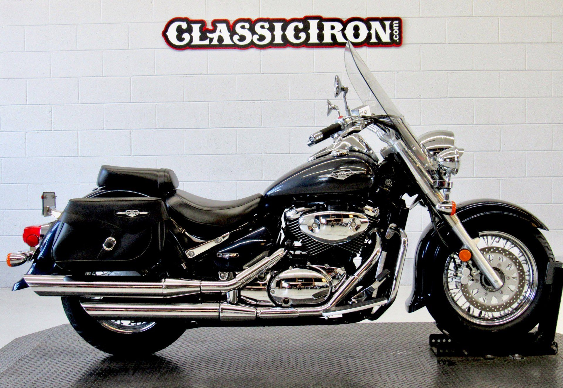 2006 Suzuki Boulevard C50T in Fredericksburg, Virginia - Photo 1