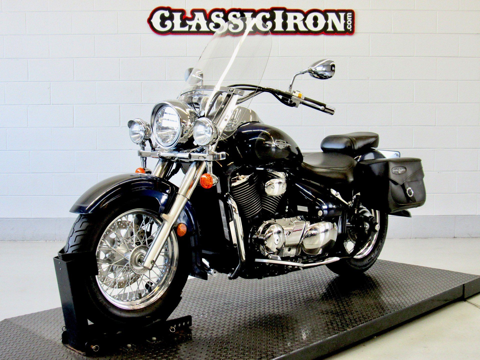 2006 Suzuki Boulevard C50T in Fredericksburg, Virginia - Photo 3