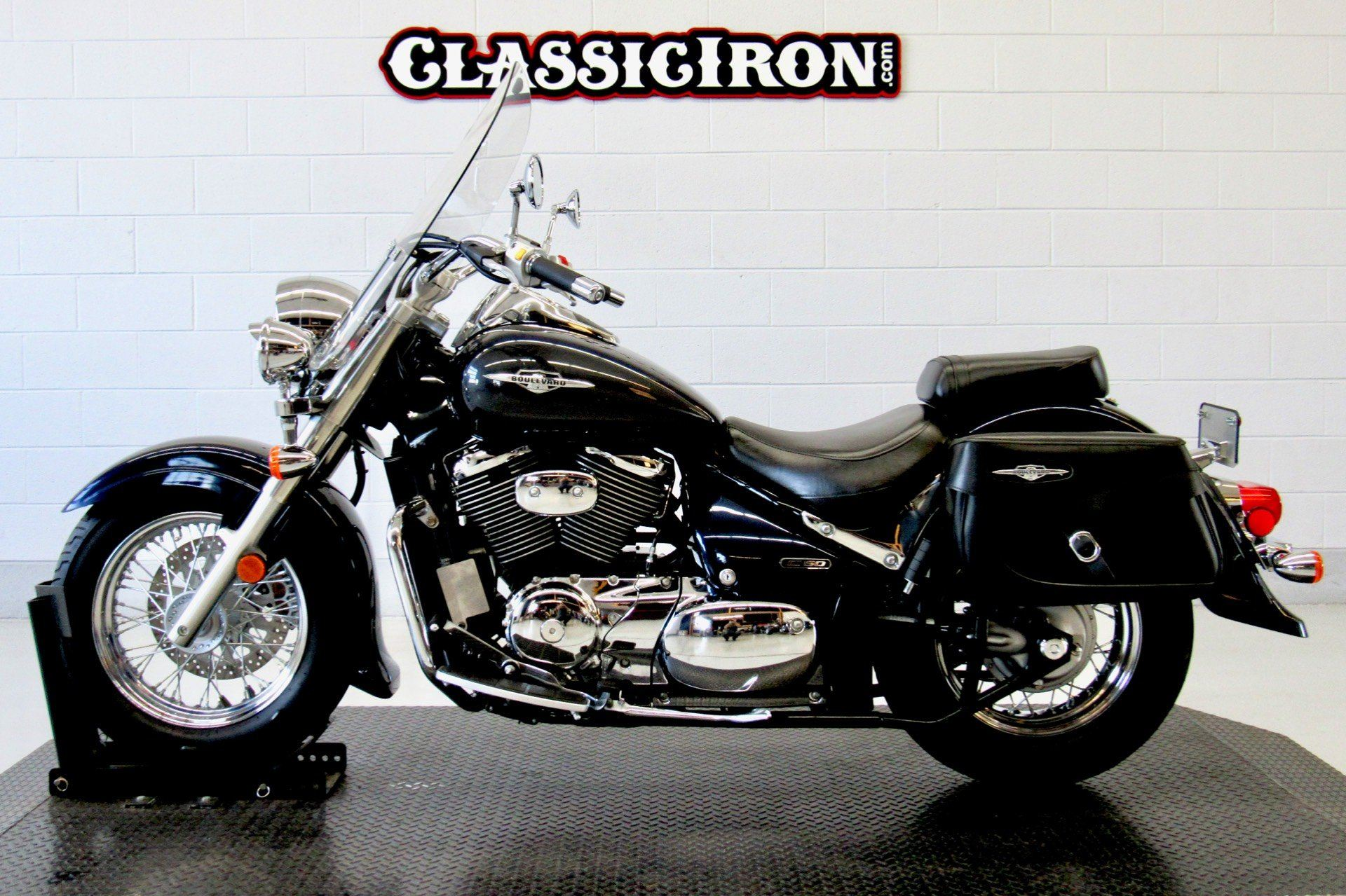 2006 Suzuki Boulevard C50T in Fredericksburg, Virginia - Photo 4