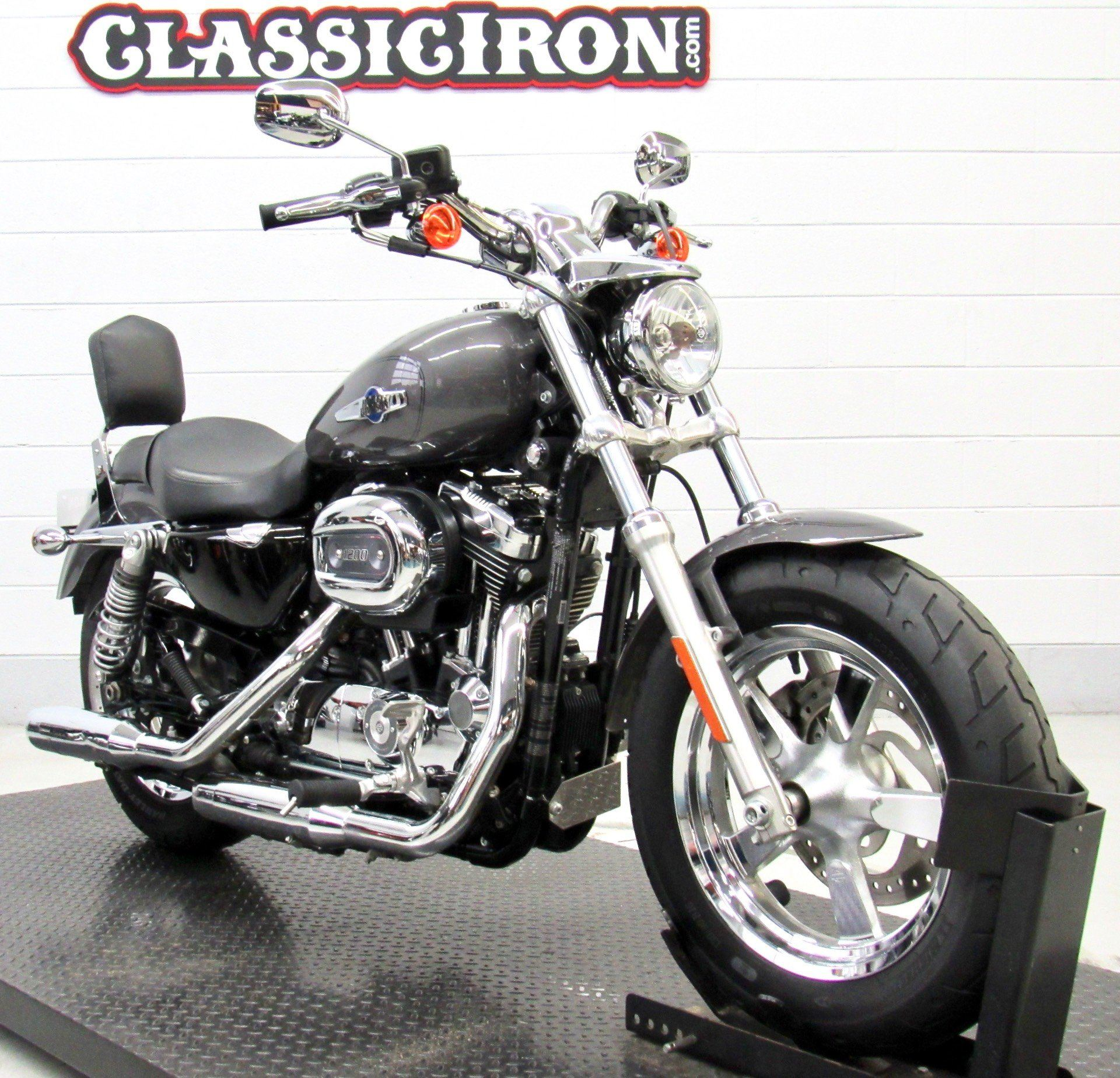 2016 Harley-Davidson 1200 Custom in Fredericksburg, Virginia - Photo 2