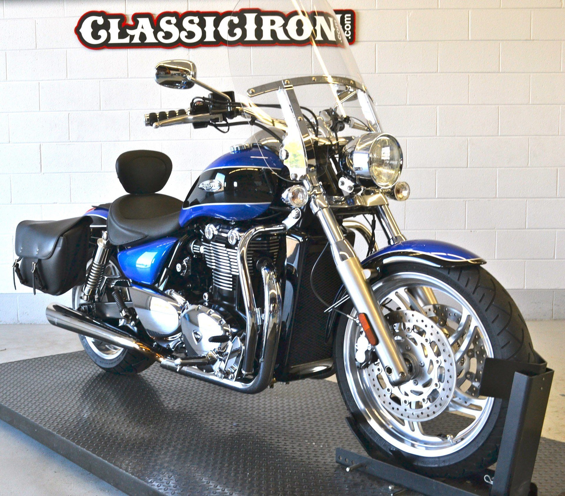 2013 Triumph Thunderbird ABS in Fredericksburg, Virginia - Photo 2