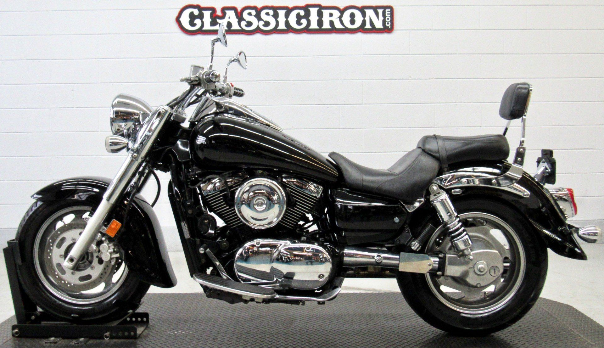 2006 Kawasaki Vulcan® 1600 Classic in Fredericksburg, Virginia - Photo 4