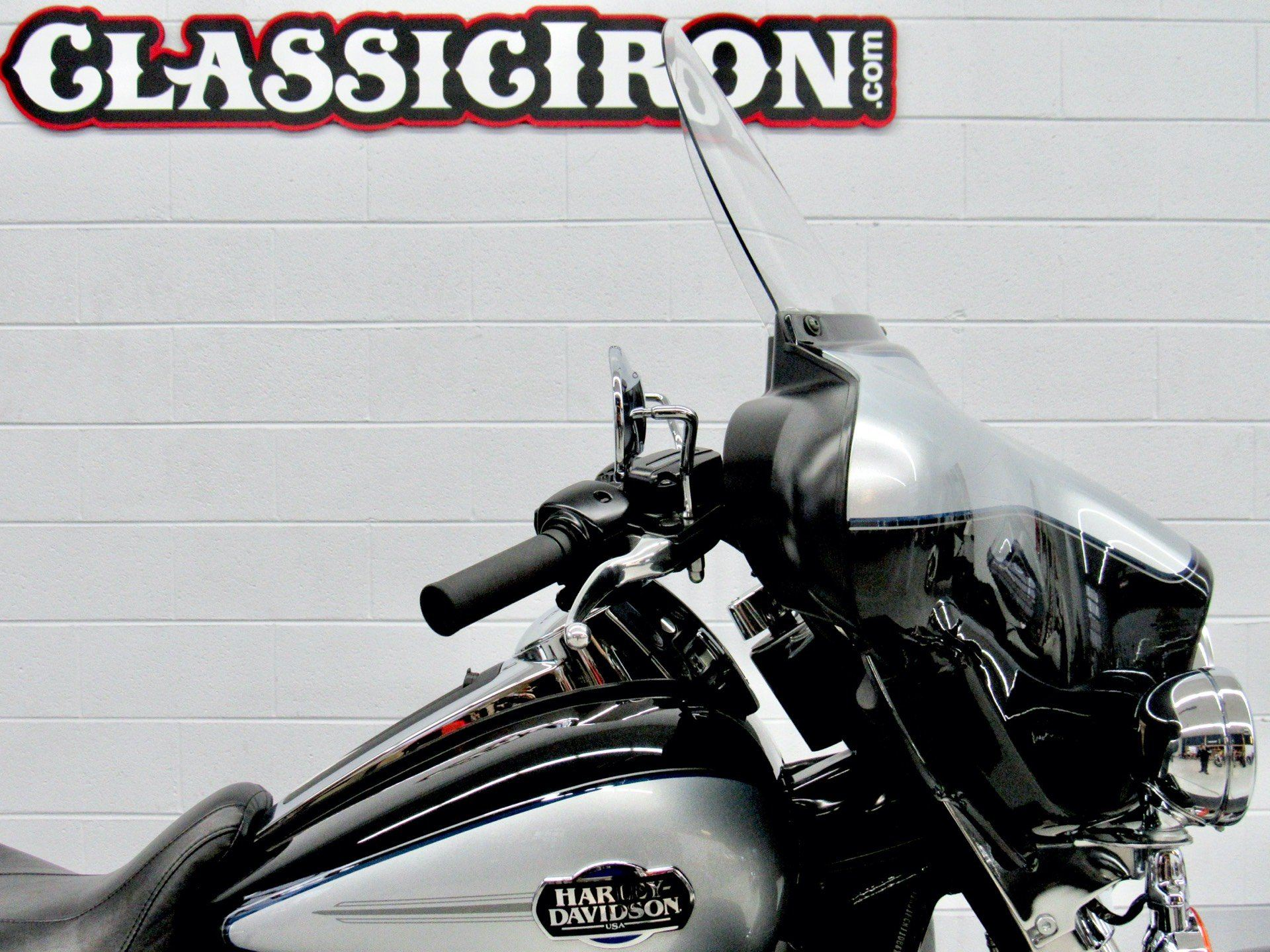 2013 Harley-Davidson Ultra Classic® Electra Glide® in Fredericksburg, Virginia - Photo 12