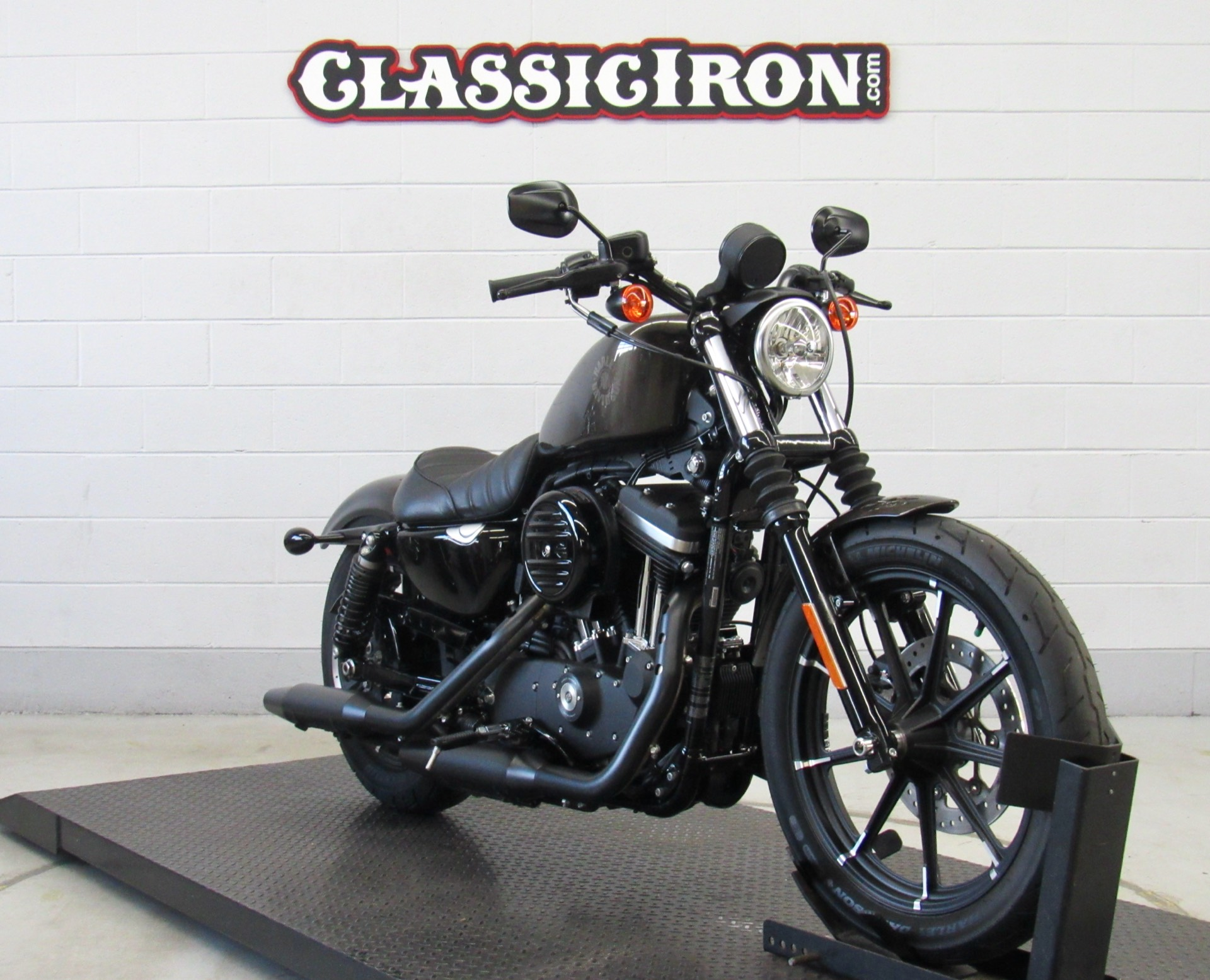 2020 Harley-Davidson Iron 883™ in Fredericksburg, Virginia - Photo 2
