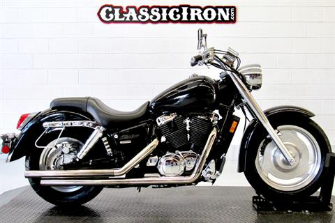 2004 Honda Shadow Sabre in Fredericksburg, Virginia - Photo 1