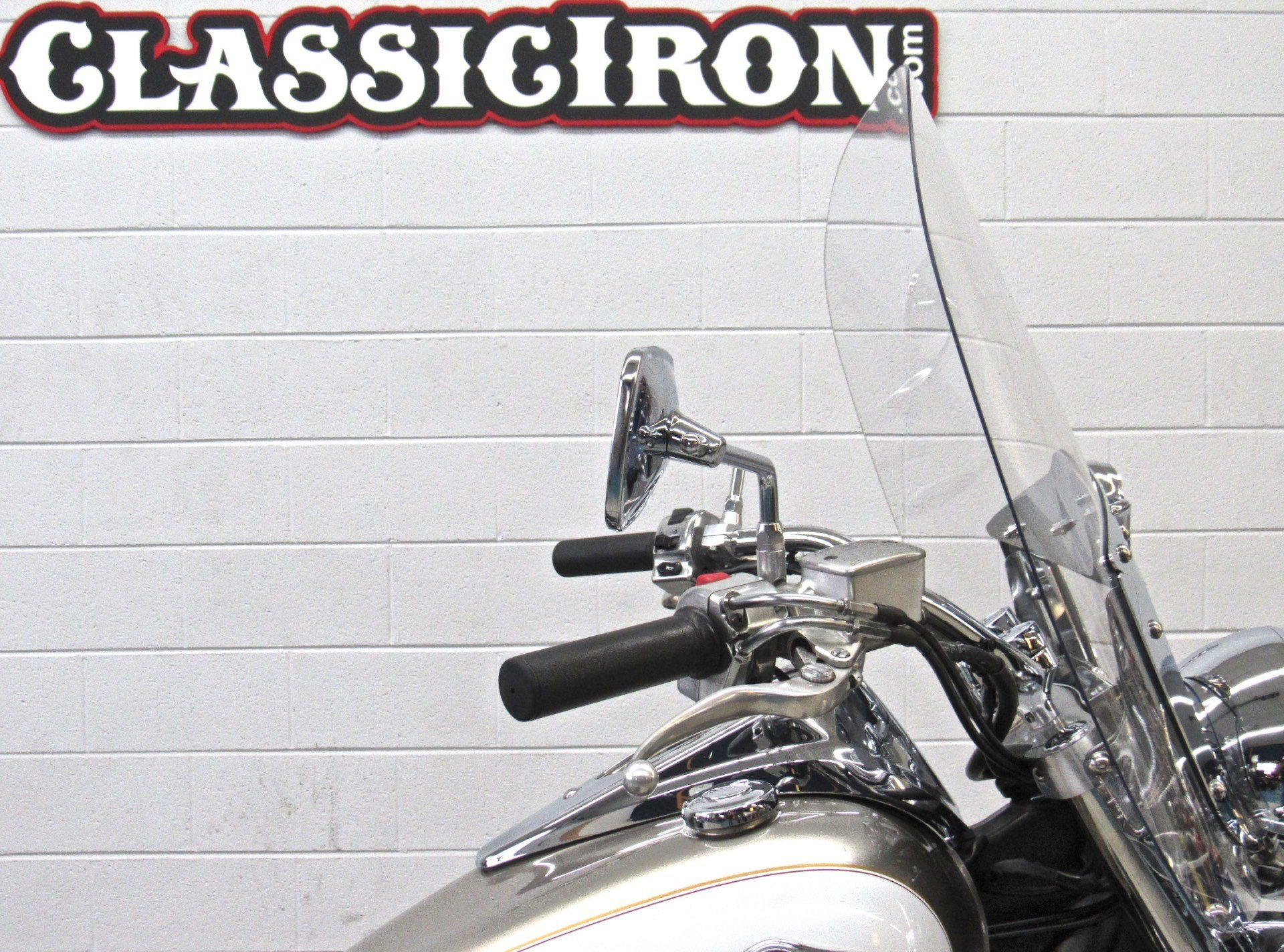 2009 Kawasaki Vulcan® 900 Classic LT in Fredericksburg, Virginia - Photo 12