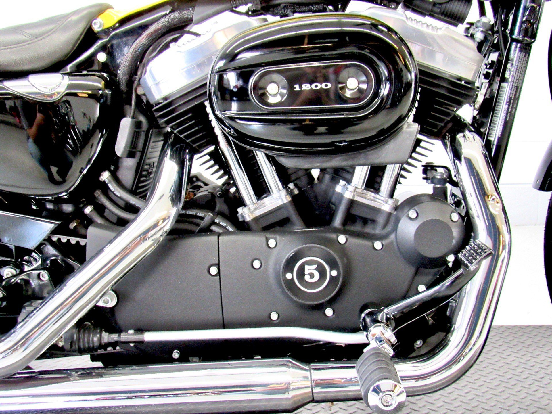 2015 Harley-Davidson Forty-Eight® in Fredericksburg, Virginia - Photo 14
