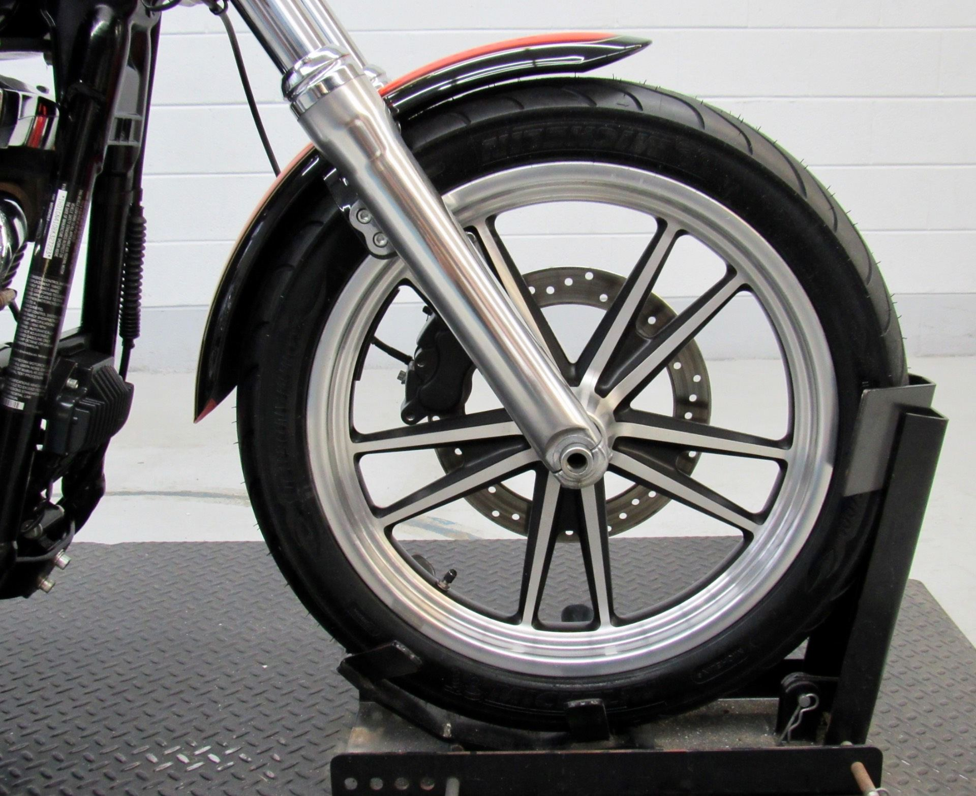 2008 Harley-Davidson Dyna® Low Rider® in Fredericksburg, Virginia - Photo 11