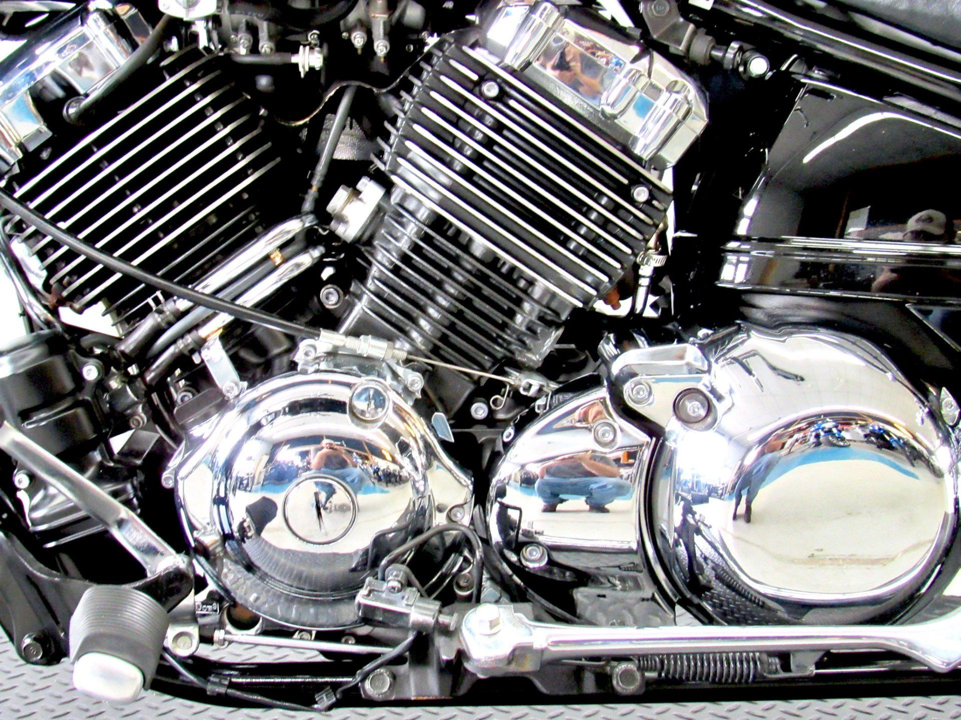 2013 Yamaha V Star 650 Custom in Fredericksburg, Virginia - Photo 19