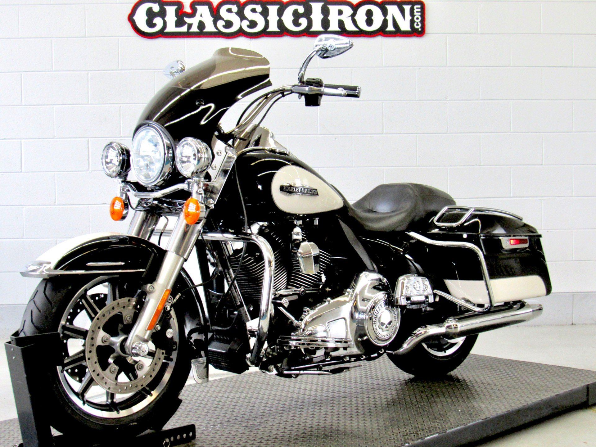 2014 Harley-Davidson Police Road King® in Fredericksburg, Virginia - Photo 3