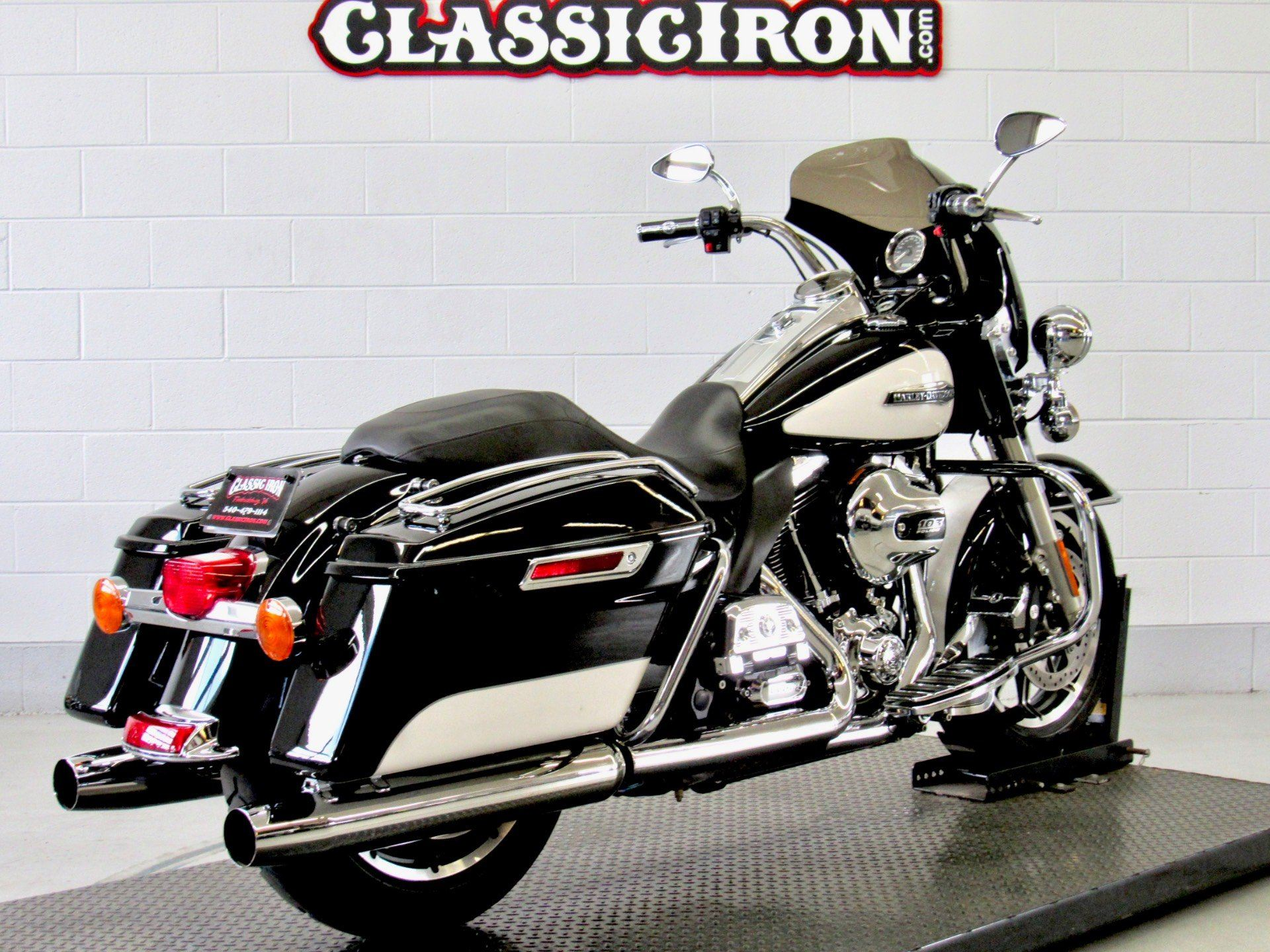 2014 Harley-Davidson Police Road King® in Fredericksburg, Virginia - Photo 5