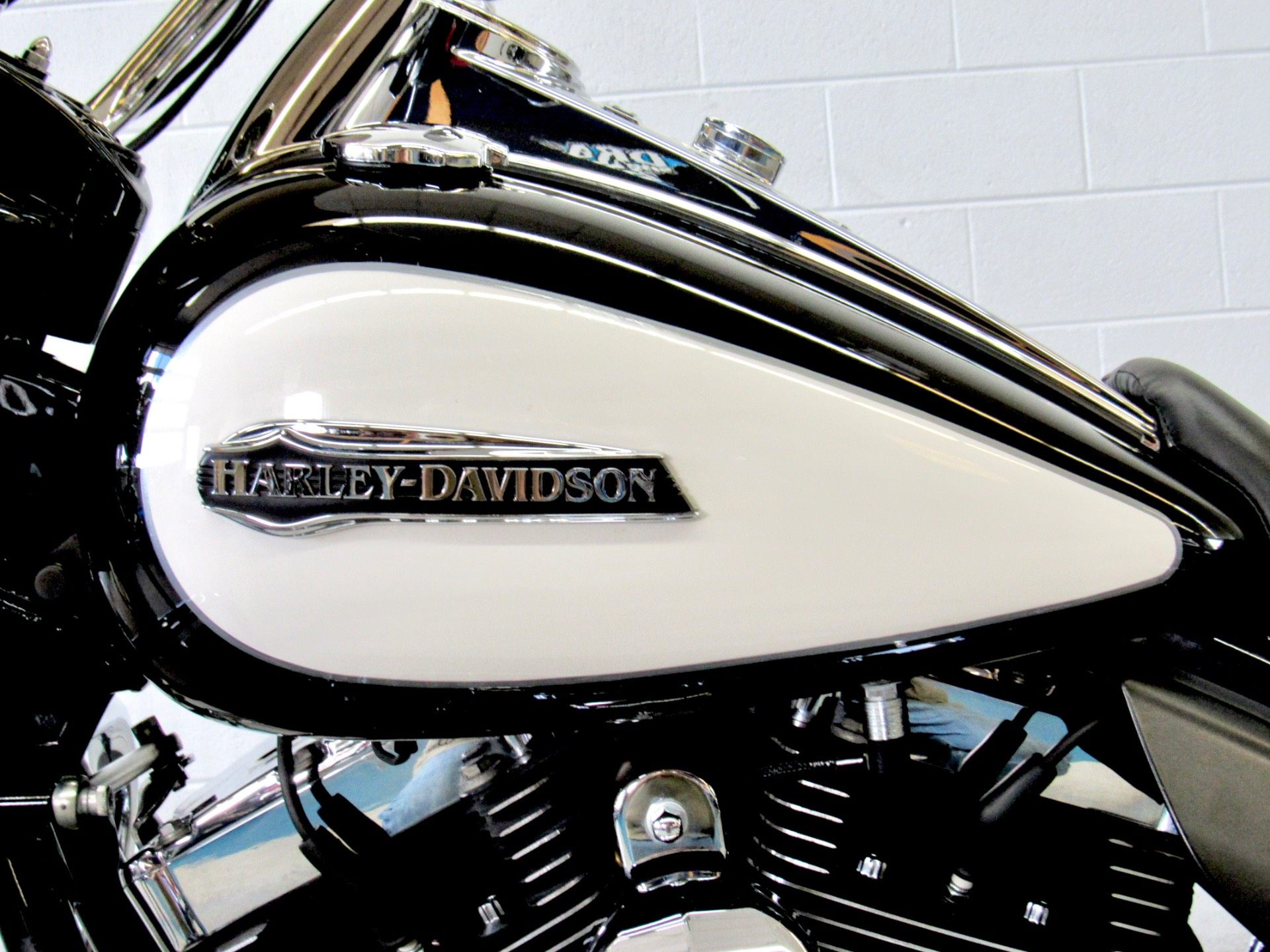 2014 Harley-Davidson Police Road King® in Fredericksburg, Virginia - Photo 18
