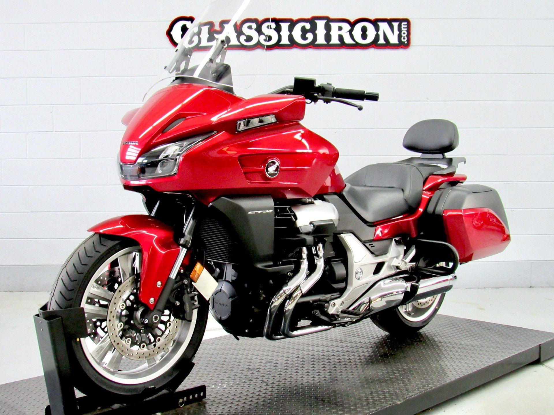 2014 Honda CTX®1300 in Fredericksburg, Virginia - Photo 3
