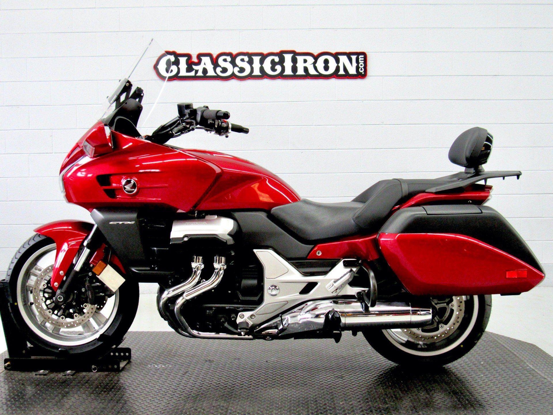 2014 Honda CTX®1300 in Fredericksburg, Virginia - Photo 4