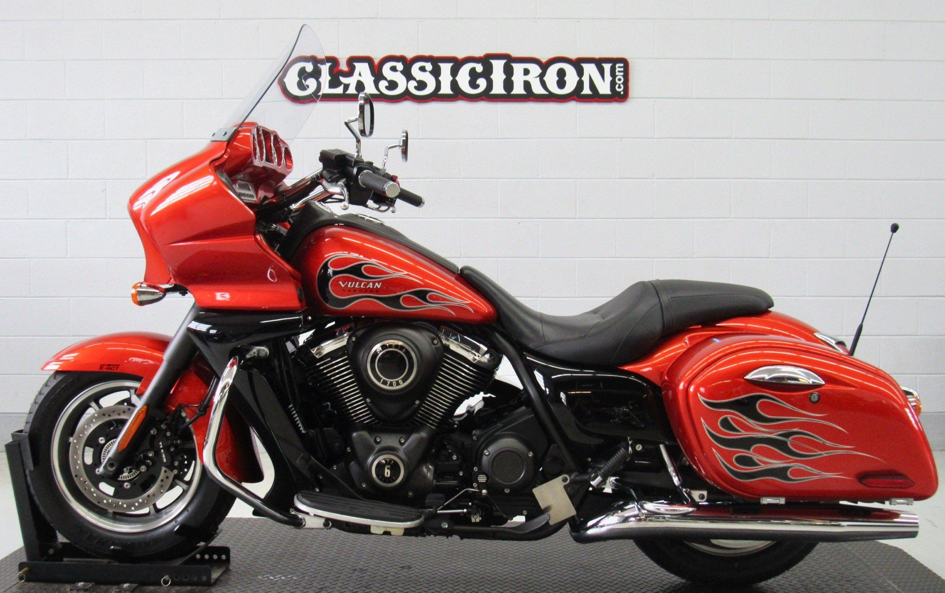 2014 Kawasaki Vulcan® 1700 Vaquero® ABS SE in Fredericksburg, Virginia - Photo 4