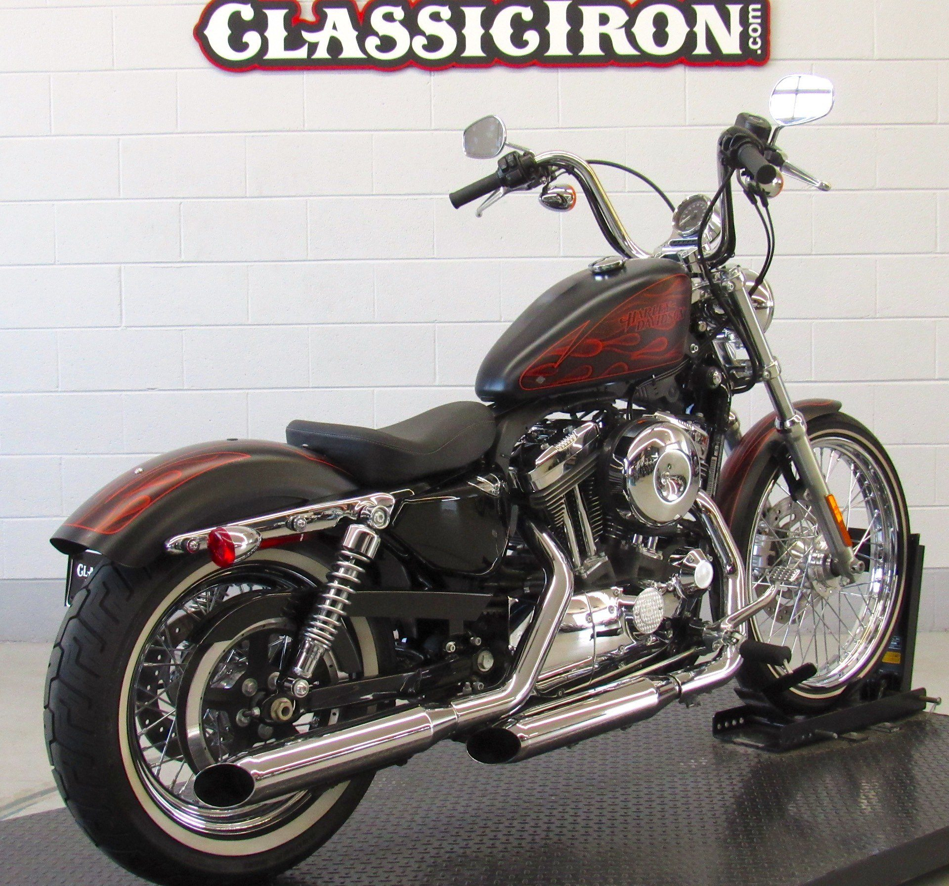 2013 Harley-Davidson Sportster® Seventy-Two® in Fredericksburg, Virginia - Photo 5