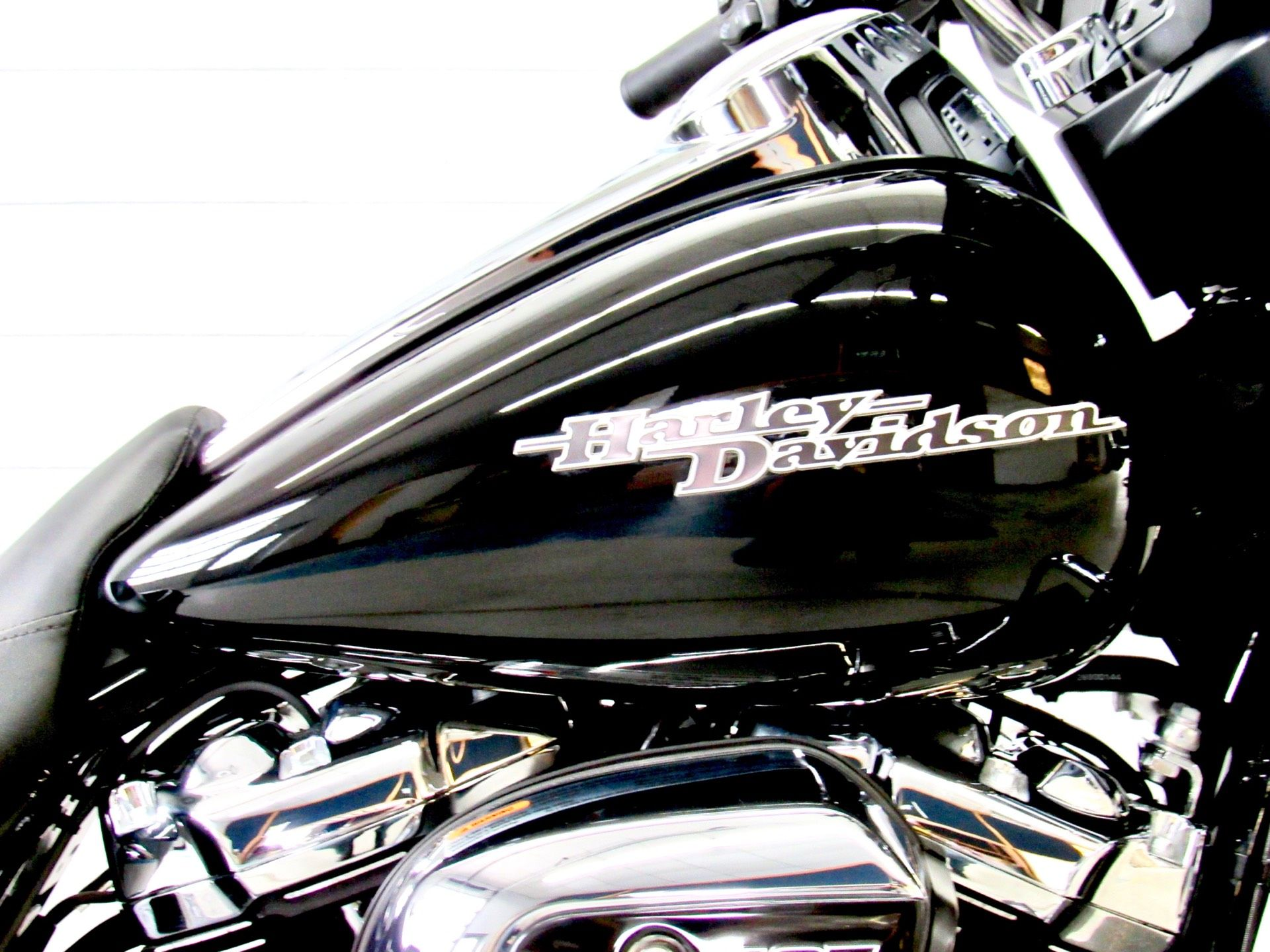 2017 Harley-Davidson Street Glide® in Fredericksburg, Virginia - Photo 13