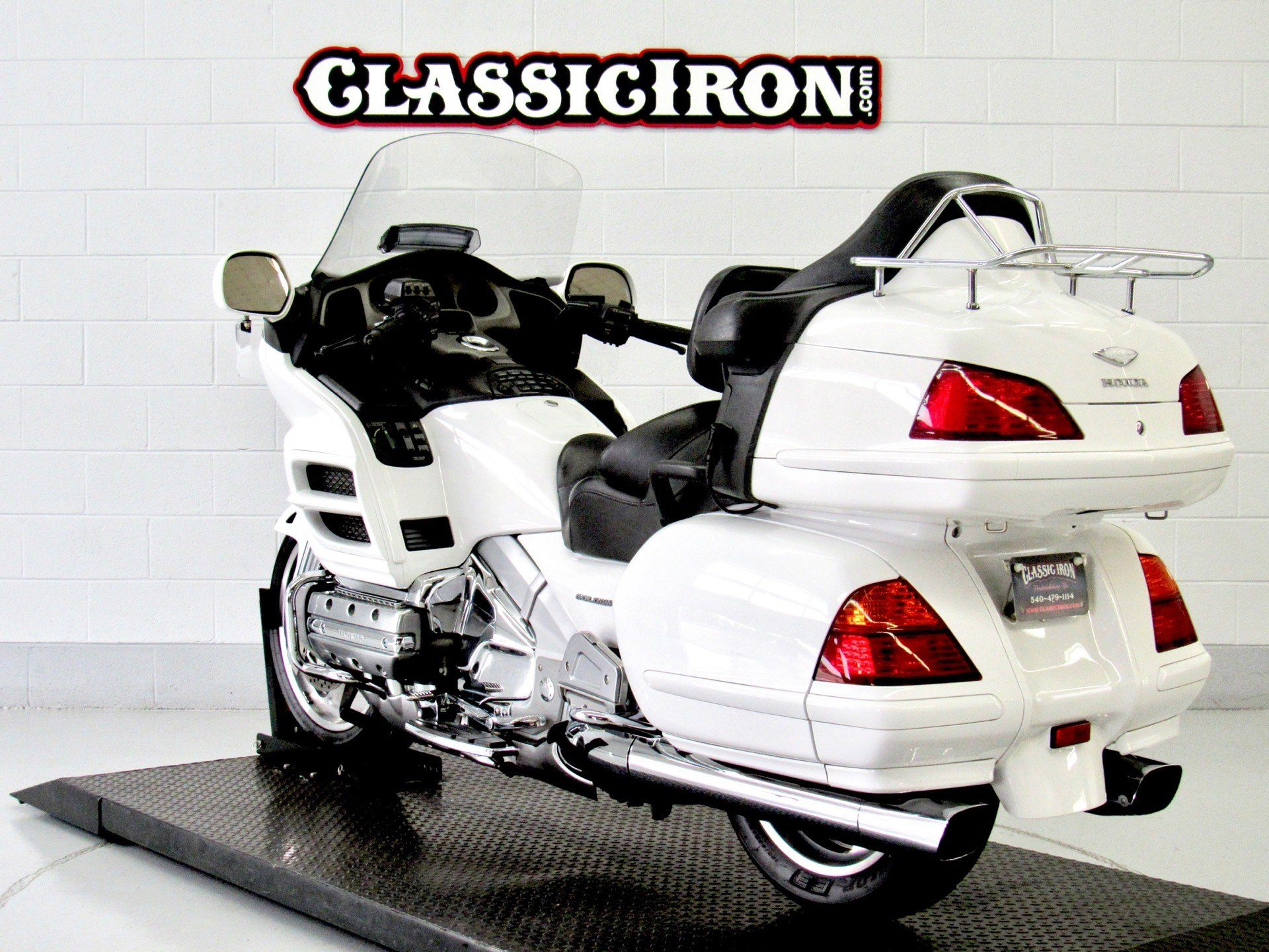 2005 Honda Gold Wing® ABS in Fredericksburg, Virginia - Photo 6
