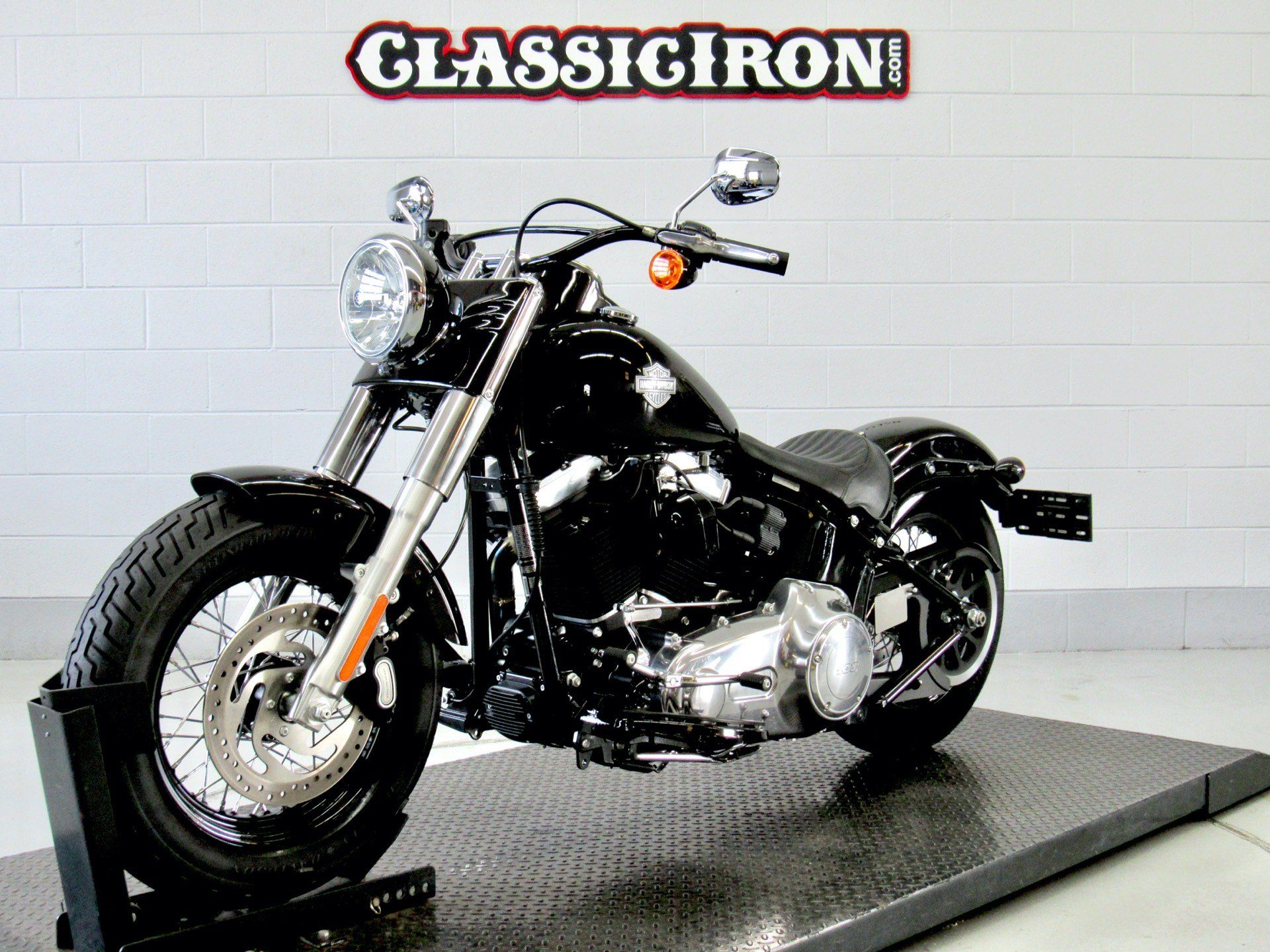 2017 Harley-Davidson Softail Slim® in Fredericksburg, Virginia - Photo 3