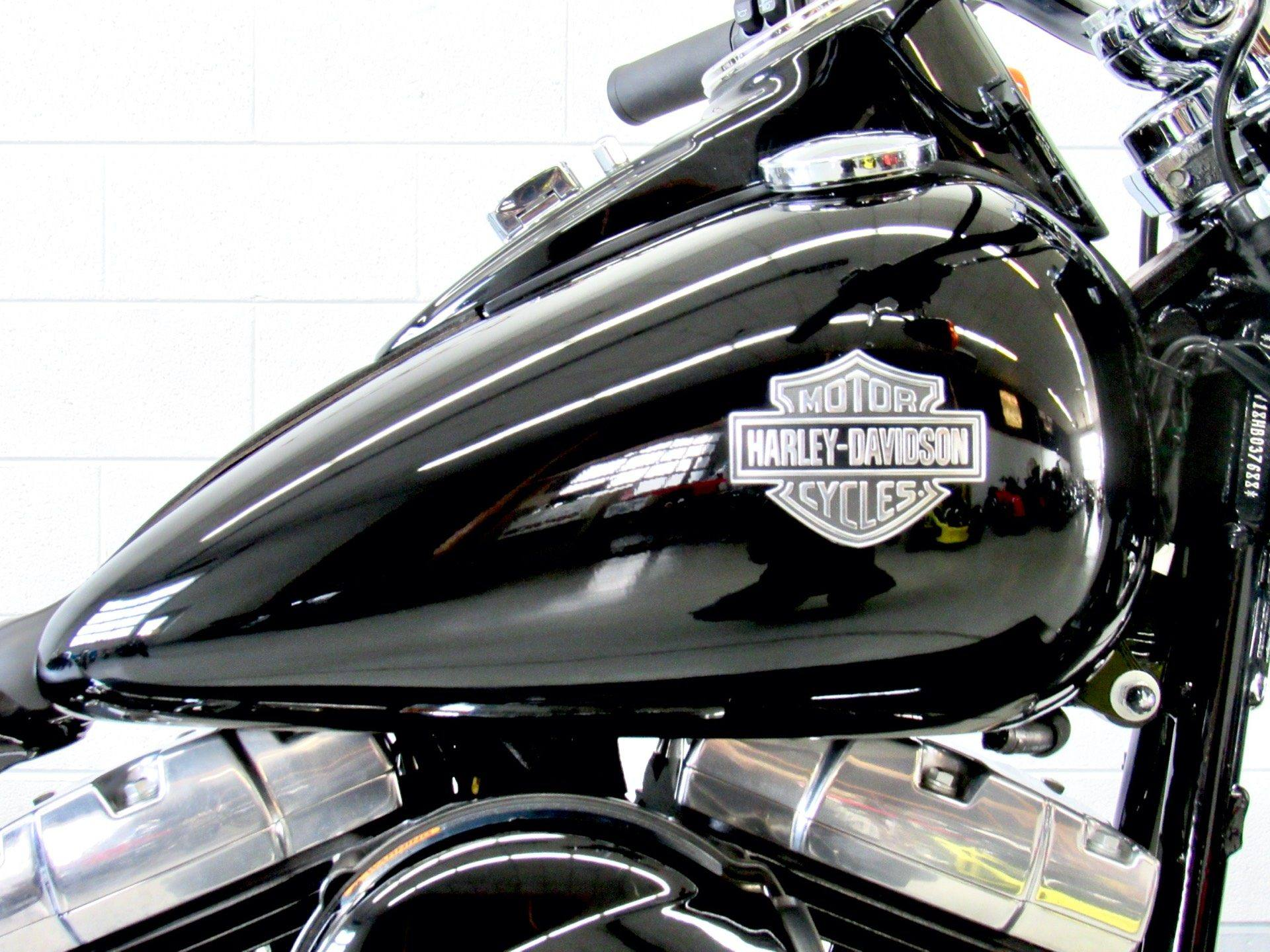2017 Harley-Davidson Softail Slim® in Fredericksburg, Virginia - Photo 13