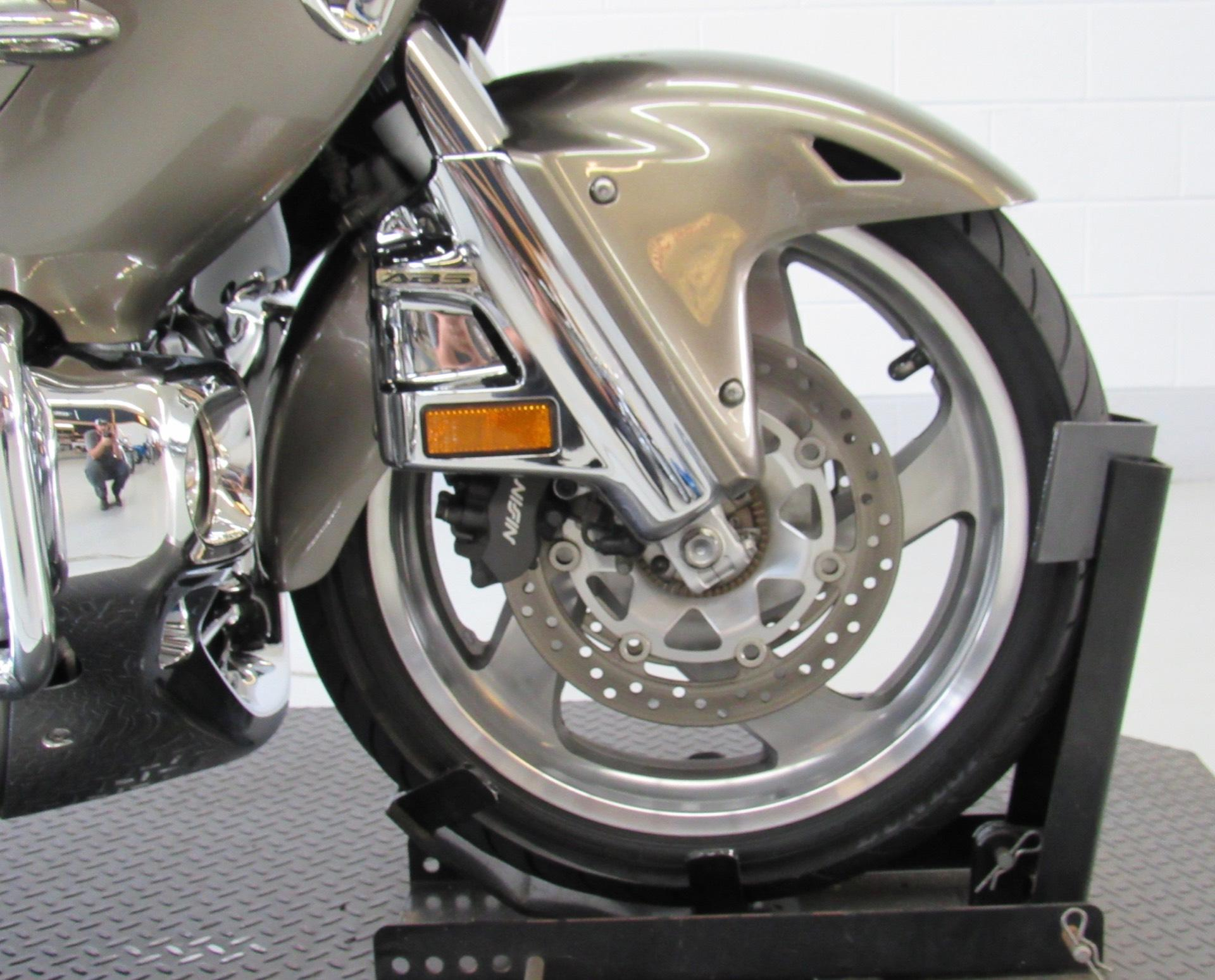 2004 Honda Gold Wing ABS in Fredericksburg, Virginia - Photo 11