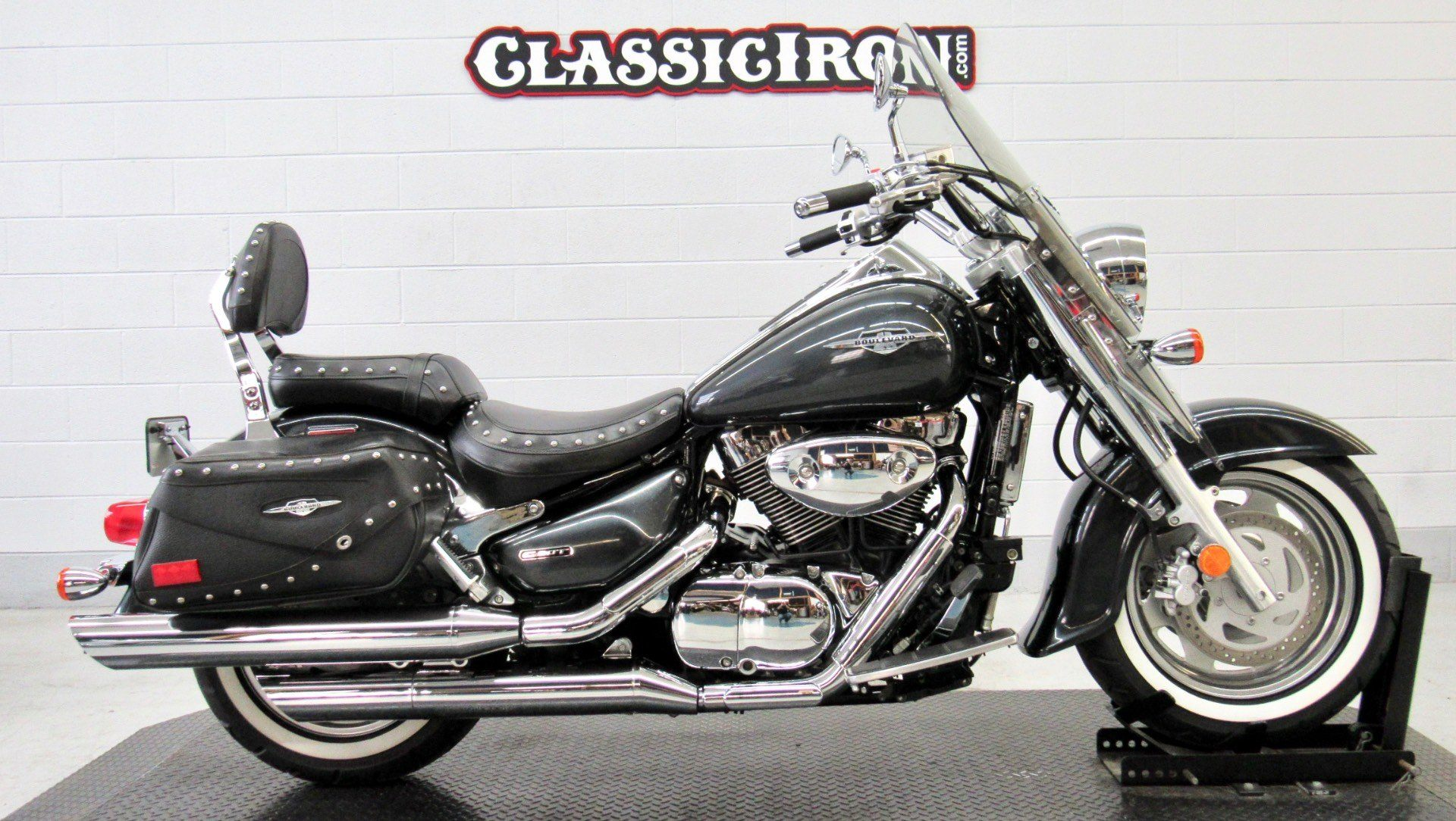 2006 Suzuki Boulevard C90T in Fredericksburg, Virginia - Photo 1